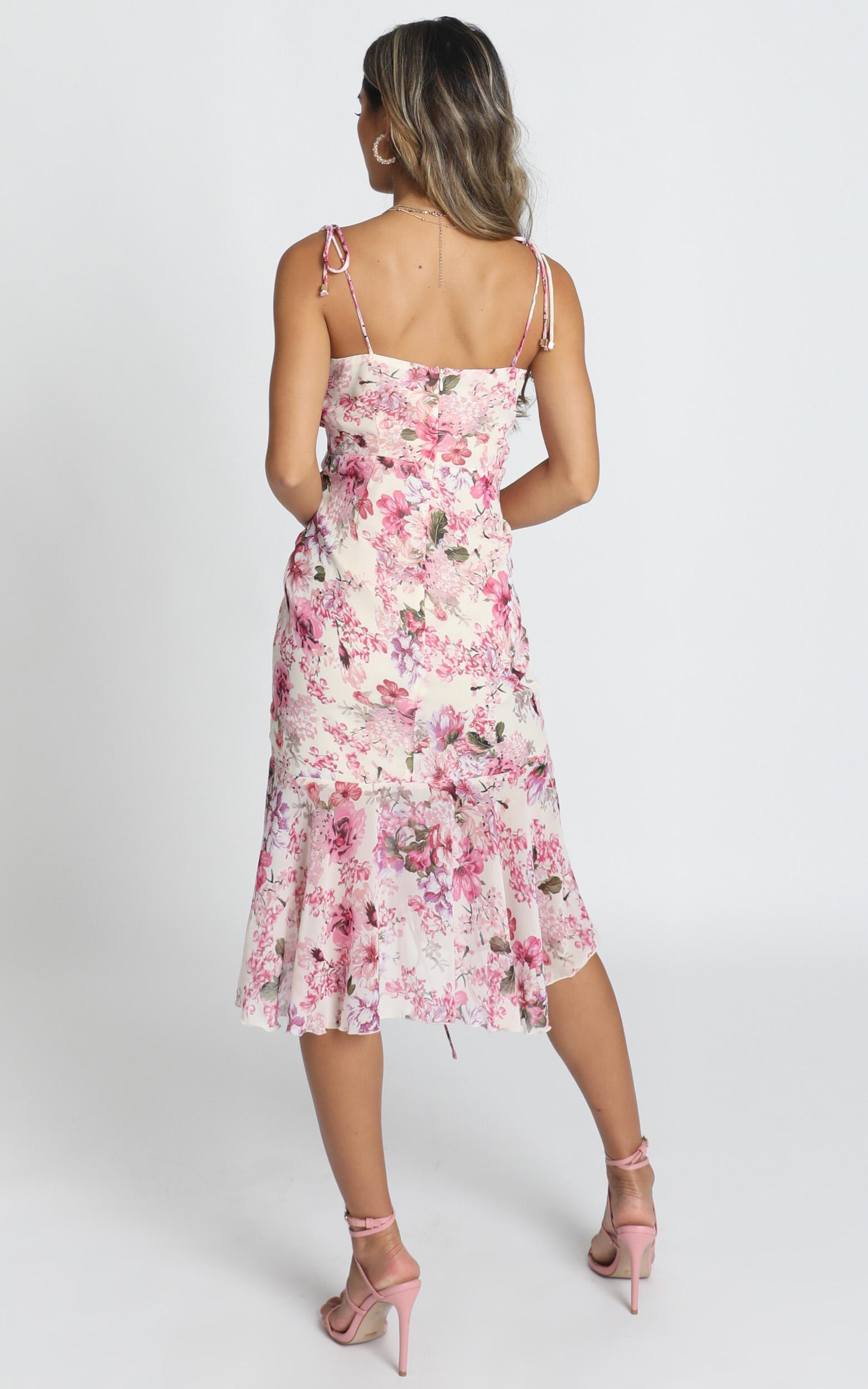 When Im With You Dress in pink floral - 4 (XXS), Pink, hi-res image number null