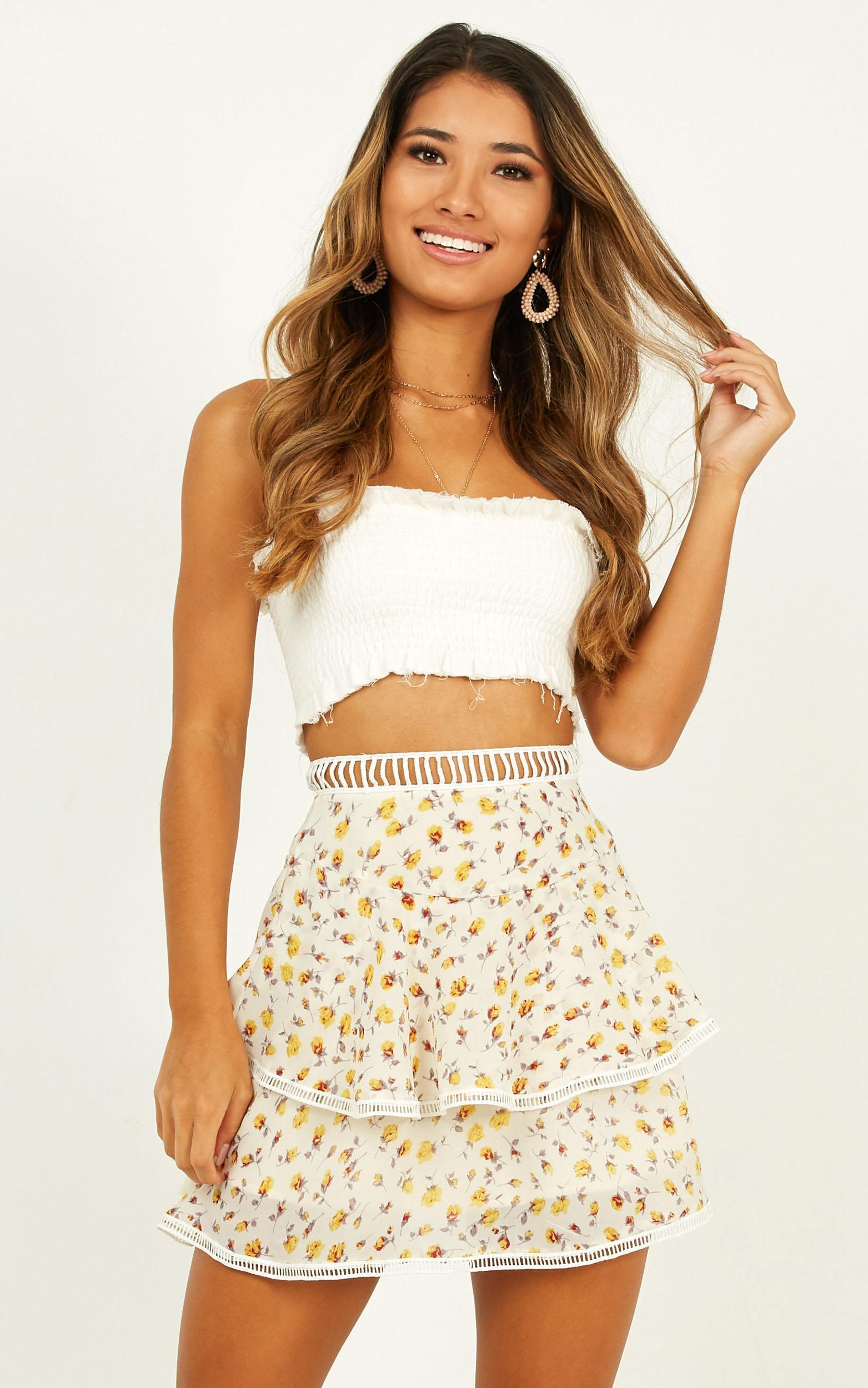 Put My Hands up Skirt In yellow floral - 14 (XL), Yellow, hi-res image number null