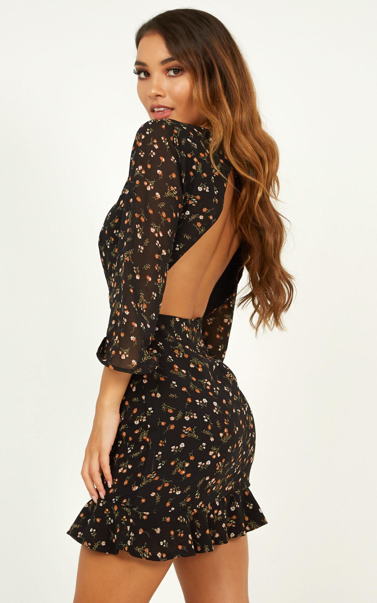 Baby You Got Me Dress In black floral - 20 (XXXXL), Black, hi-res image number null