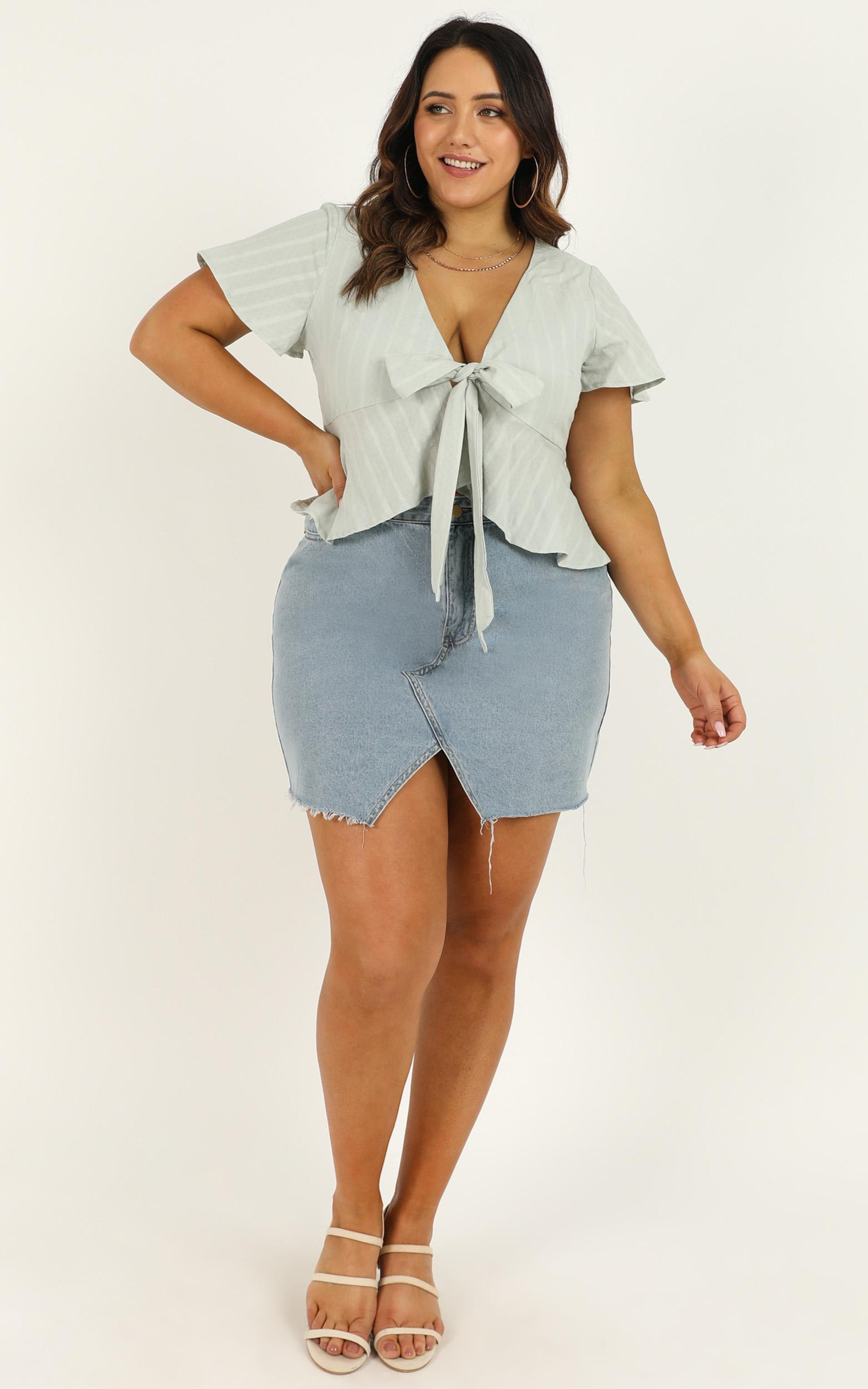 Play Your Cards Right top In blue linen look - 12 (L), Blue, hi-res image number null