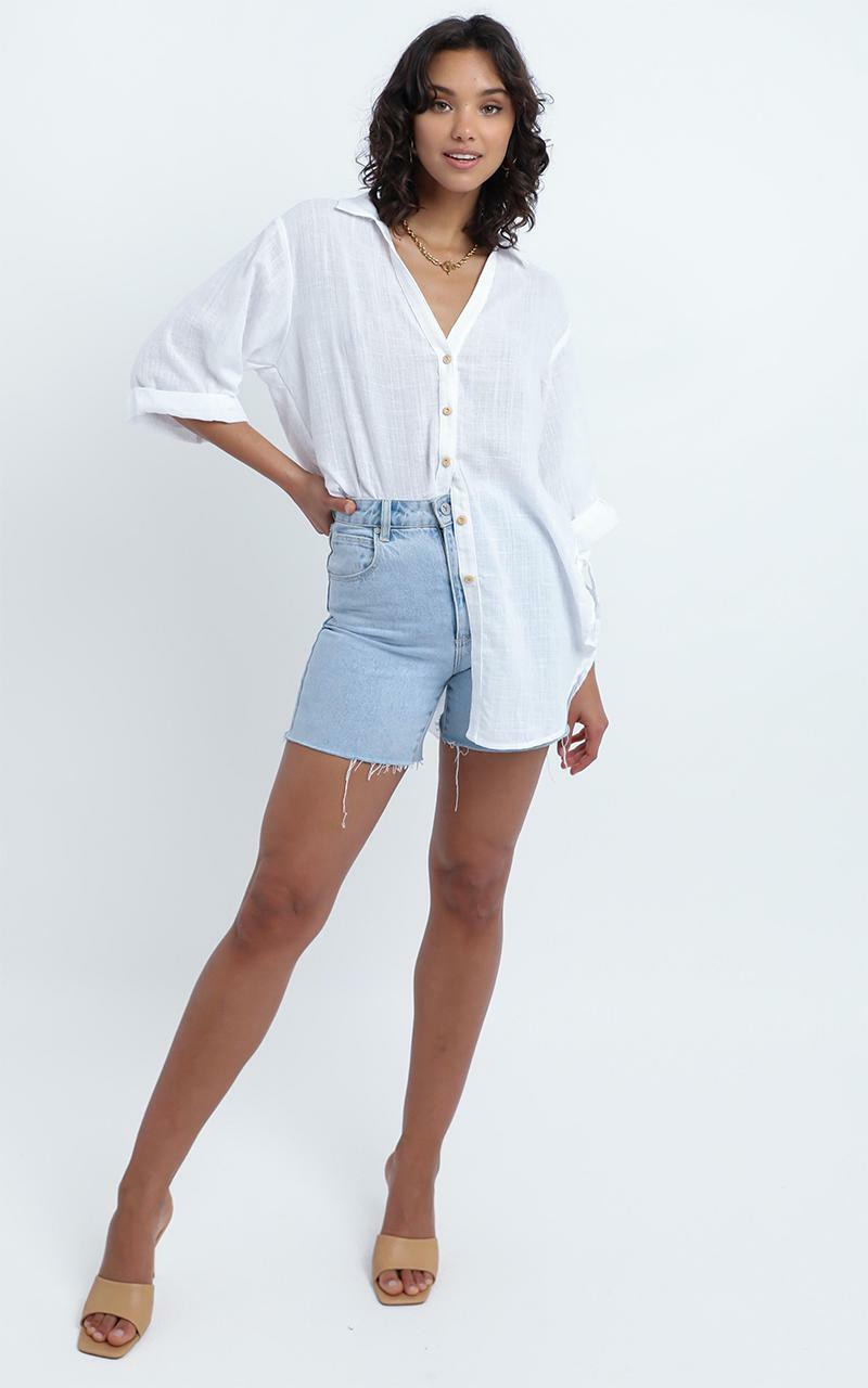 Apsel Top in White - M/L, WHT1, hi-res image number null