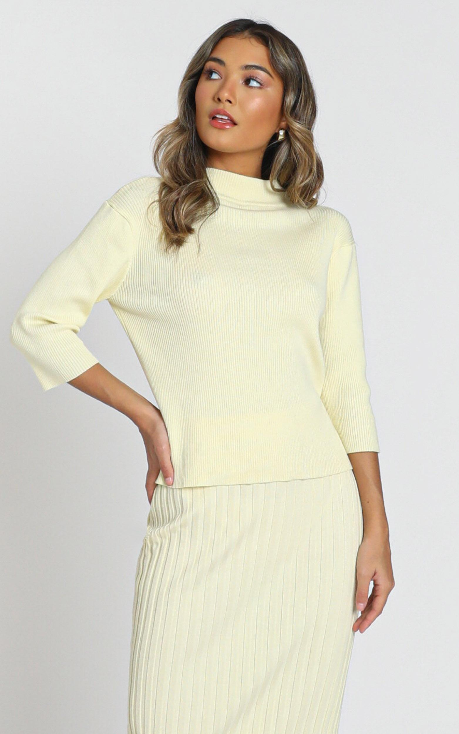 Cicely Knitted Top in pastel yellow - S, Yellow, hi-res image number null