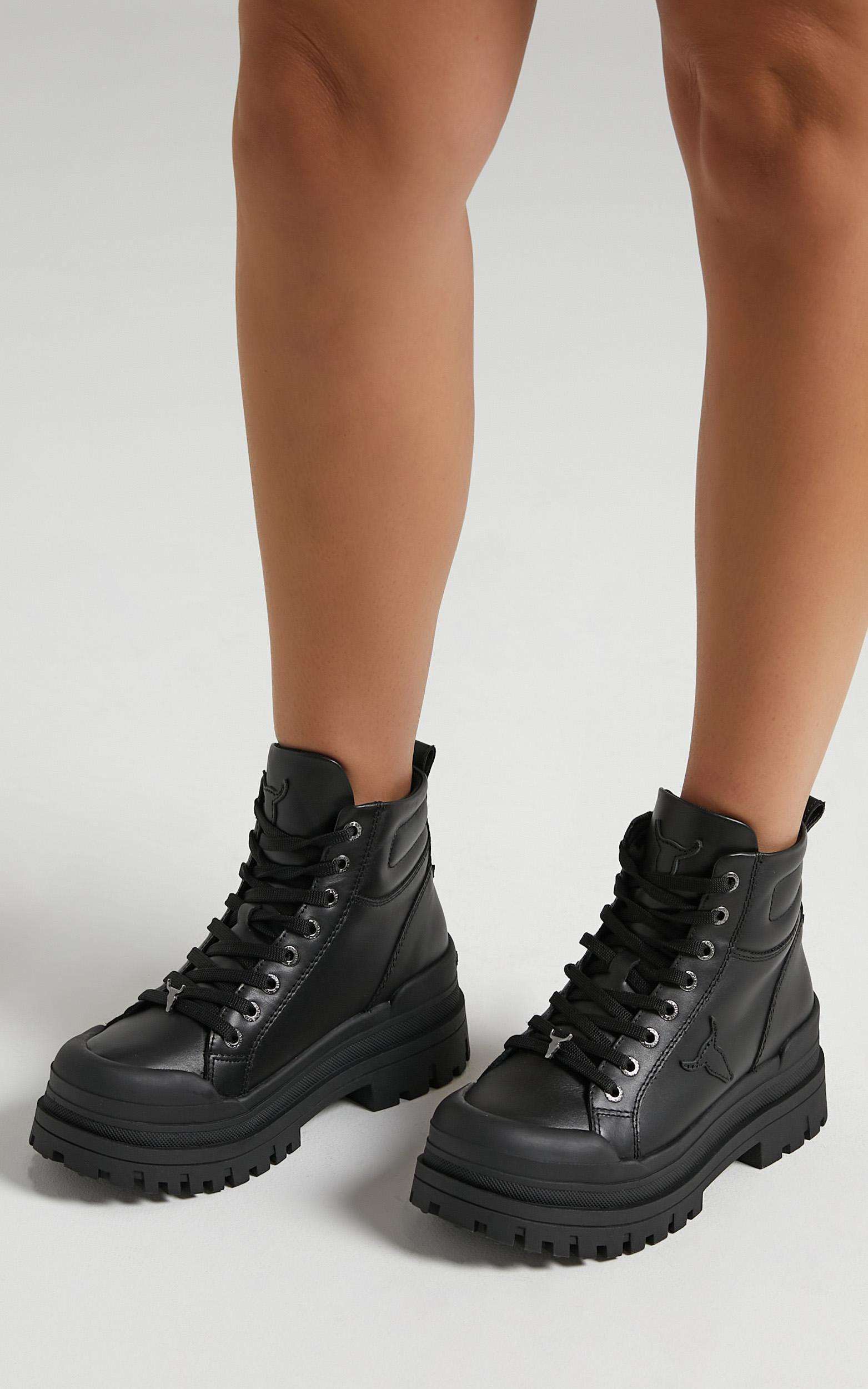 Windsor Smith - Disaster Boots in Black Leather - 6, Black, hi-res image number null