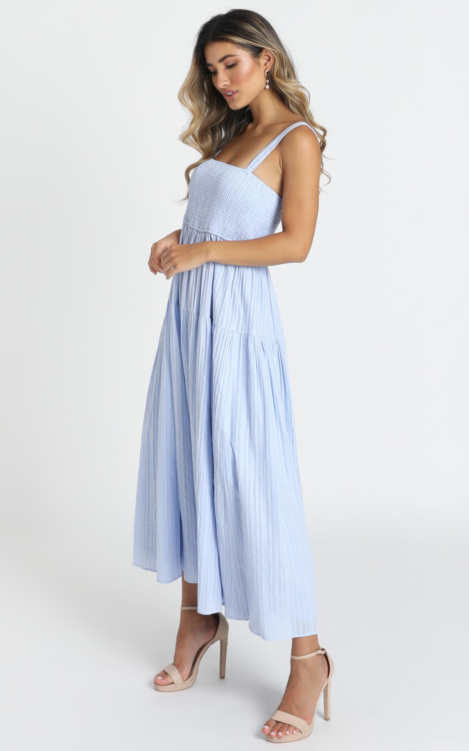 Carie Midi Dress in blue - 6 (XS), Blue, hi-res image number null
