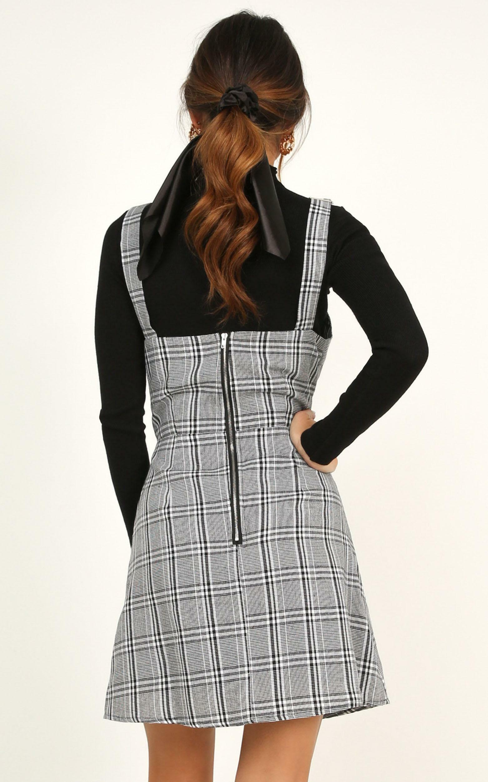 Winter Valley Dress in grey check - 20 (XXXXL), Grey, hi-res image number null