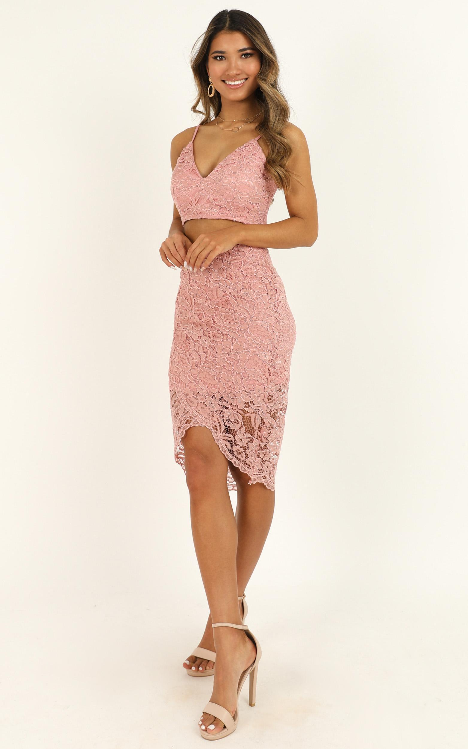 Unreal Being Two Piece Set in blush lace - 20 (XXXXL), Blush, hi-res image number null