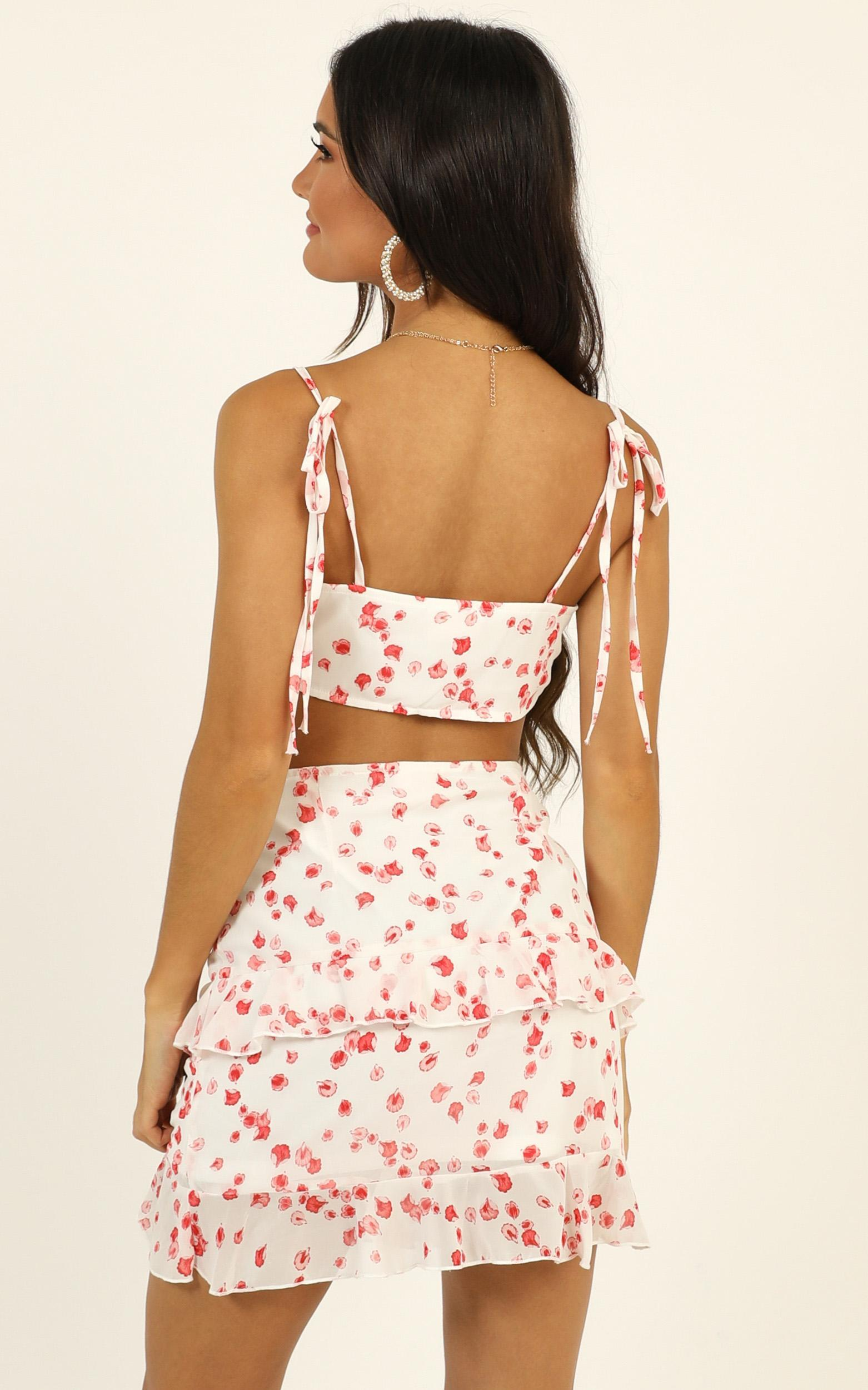 Morning Skies two piece set in white floral - 16 (XXL), White, hi-res image number null