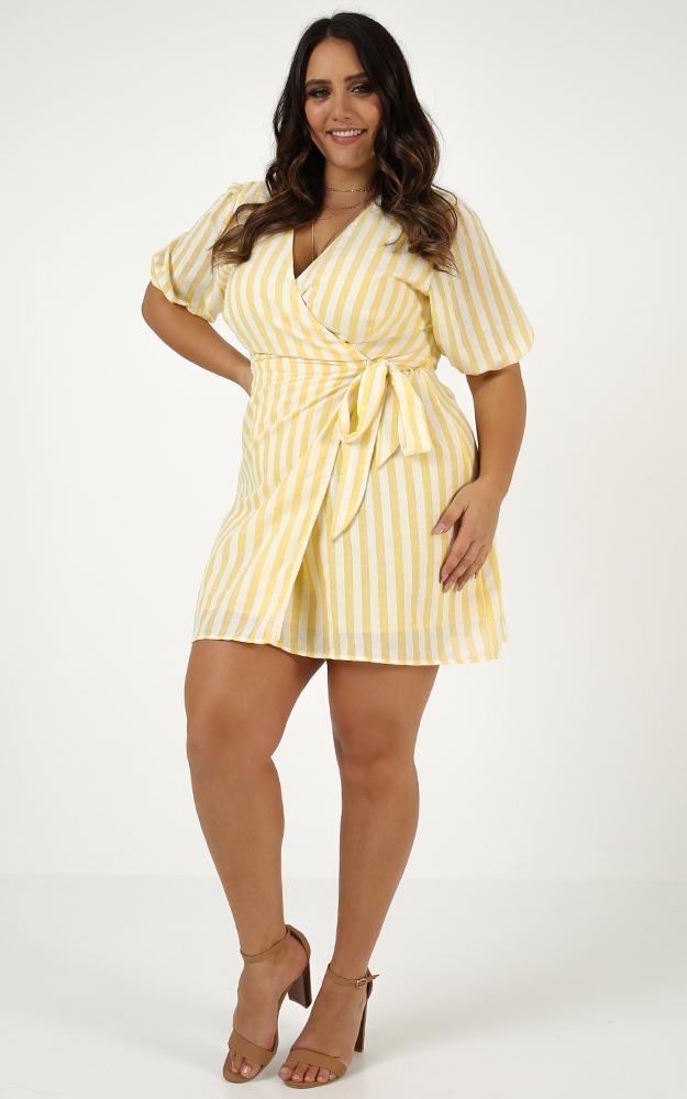 Full Of Mystery Dress in yellow stripe linen look - 12 (L), Yellow, hi-res image number null