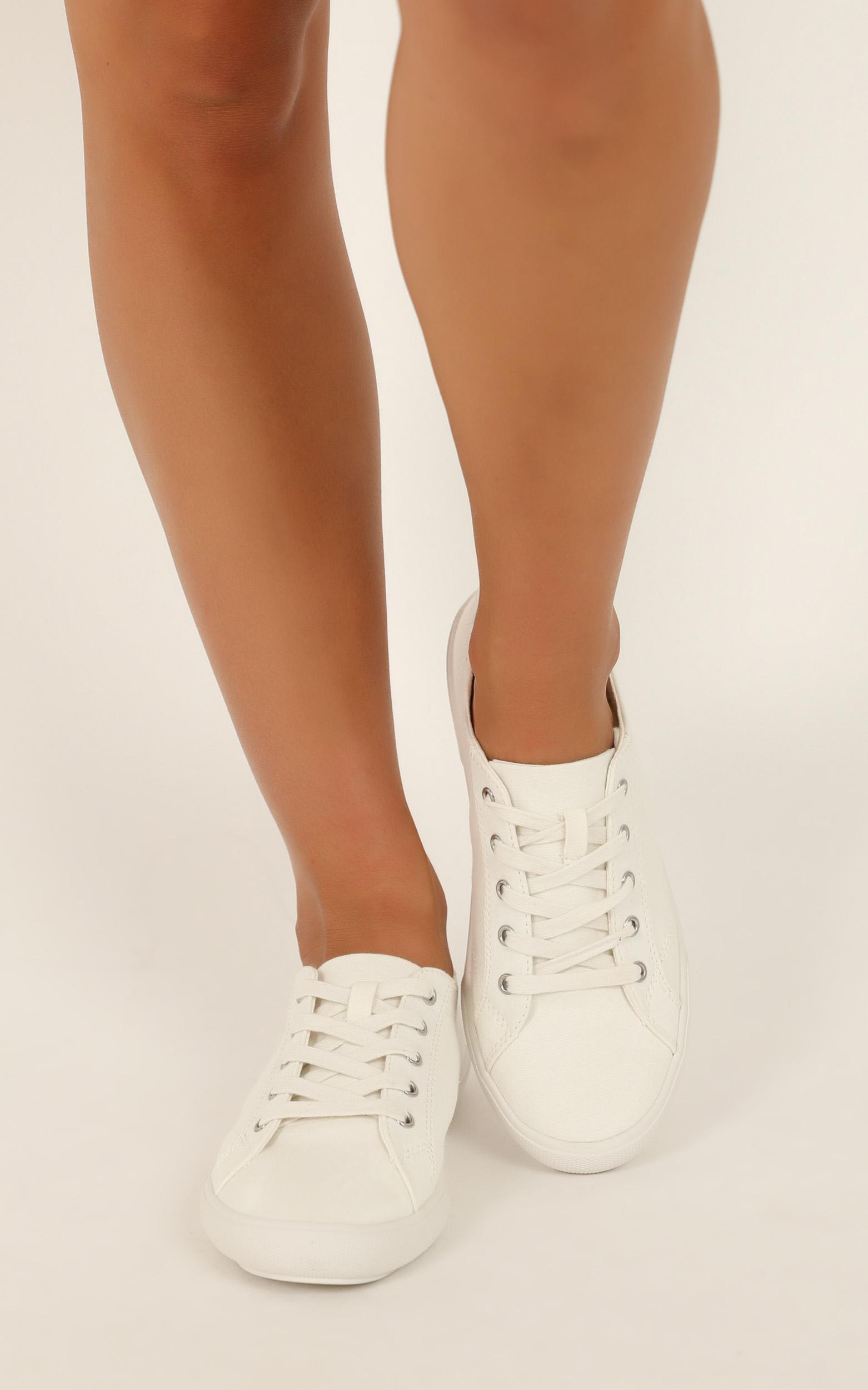Verali - Retro Sneakers in white canvas - 10, White, hi-res image number null