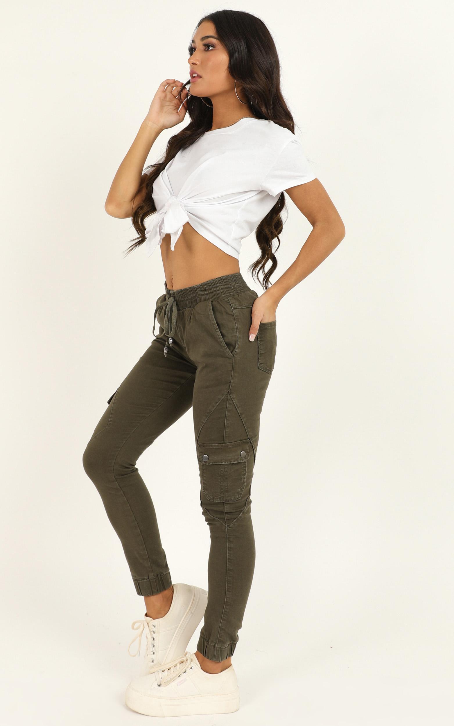Claire Jeans in khaki denim - 20 (XXXXL), Khaki, hi-res image number null