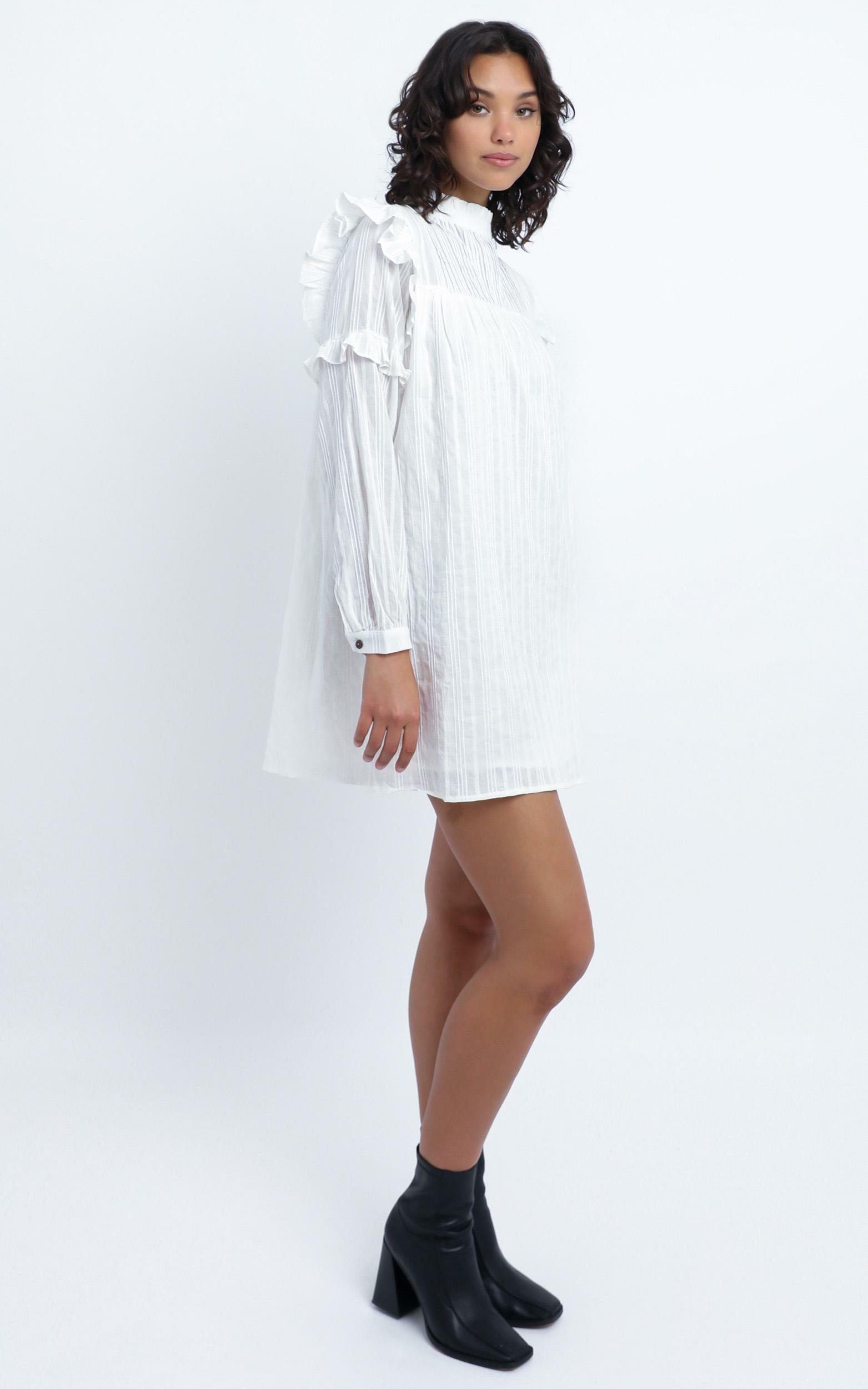 Noemi dress in White - 14 (XL), White, hi-res image number null