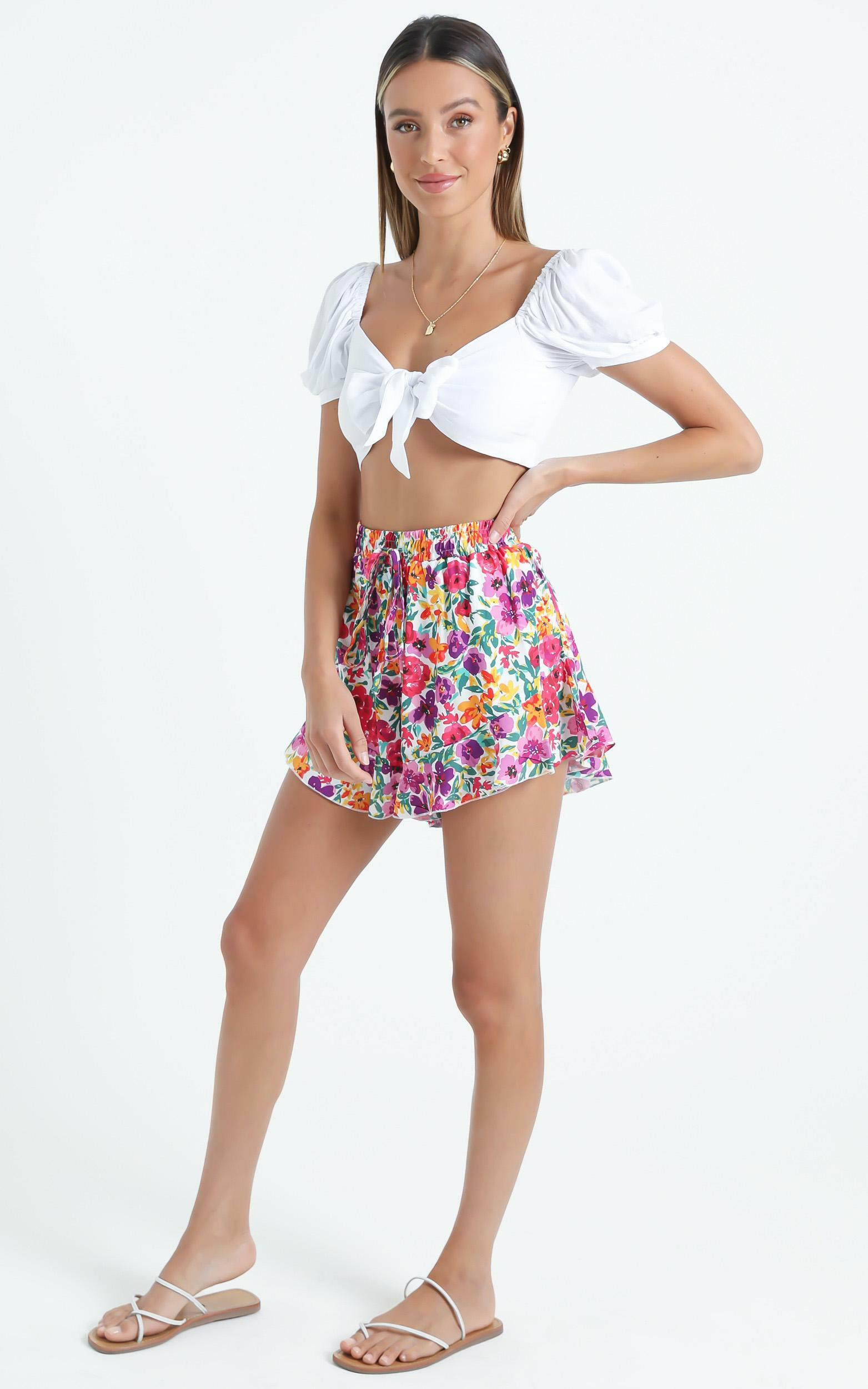Beach Vibes Shorts in Packed Floral - 06, MLT5, hi-res image number null