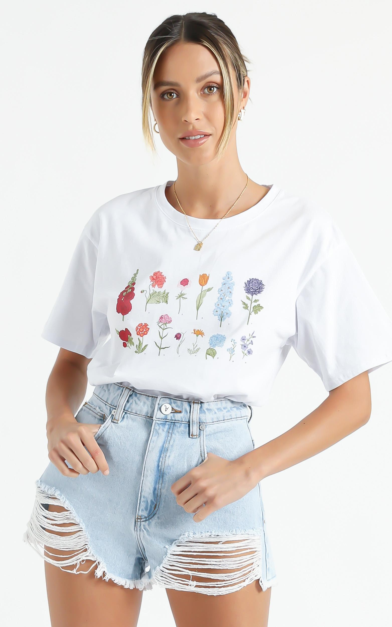 Cools Club - Sunday Tee in White Flowers - 6 (XS), White, hi-res image number null