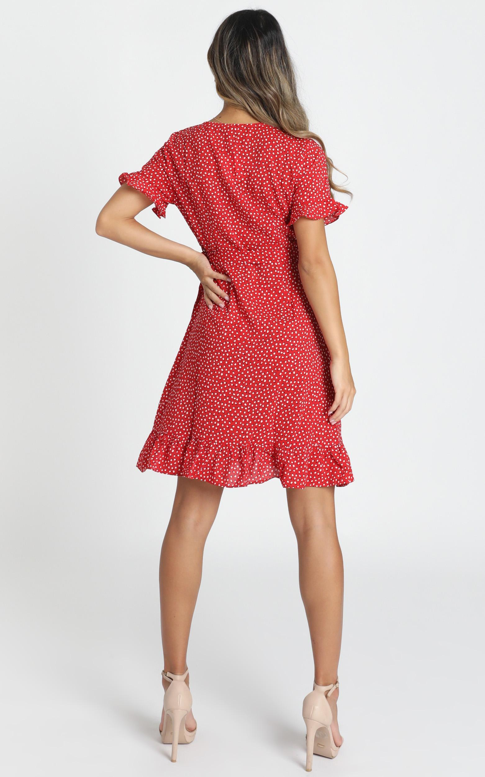 Ariyah Wrap Mini Dress in red floral - 14 (XL), Red, hi-res image number null