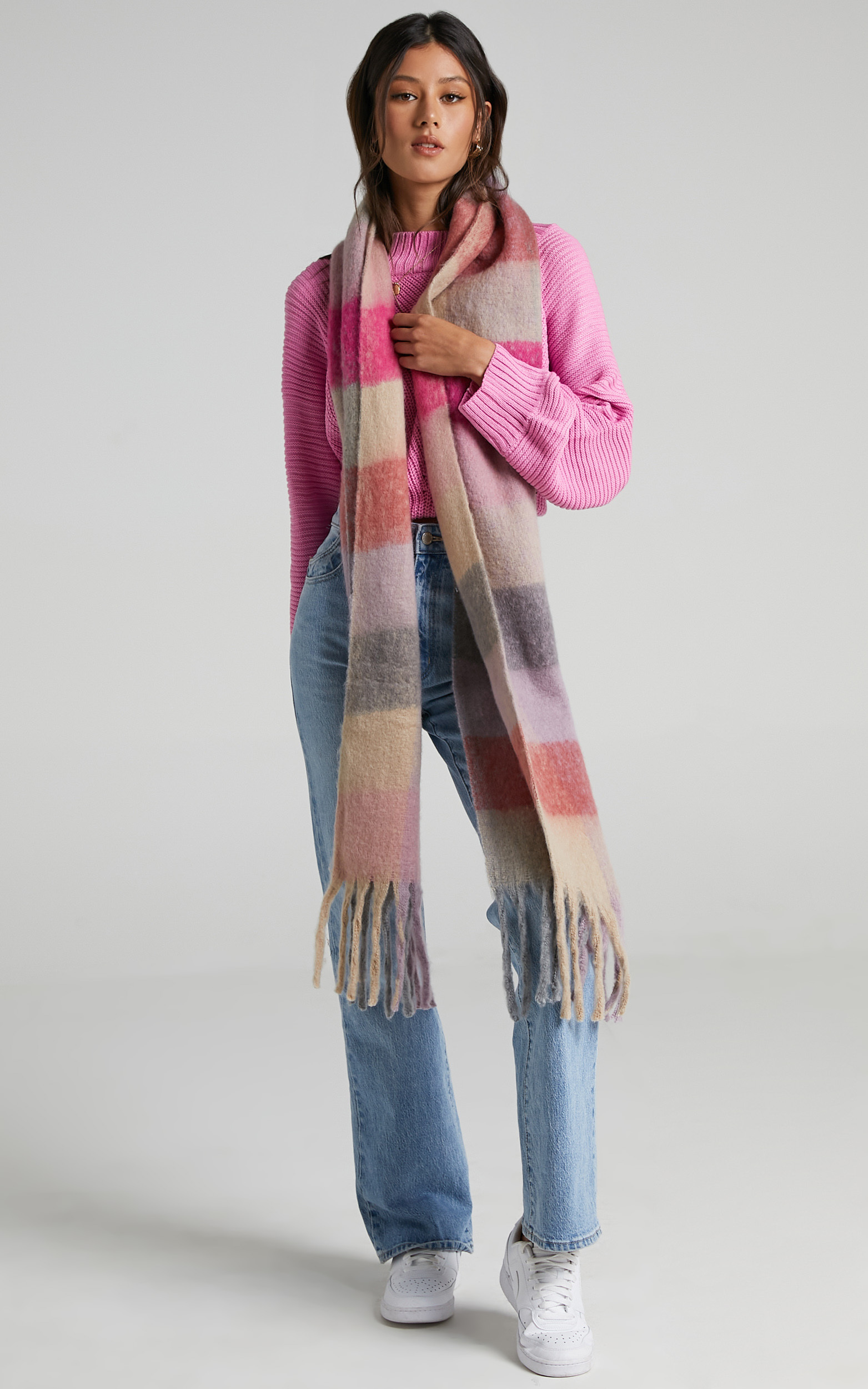 Lindsey Scarf in Muted Multi Check - OneSize, GRY1, hi-res image number null