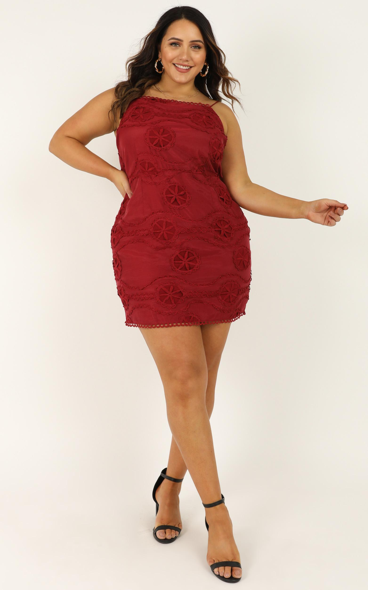 Daisy Vanilla dress in wine embroidery- 20 (XXXXL), Wine, hi-res image number null