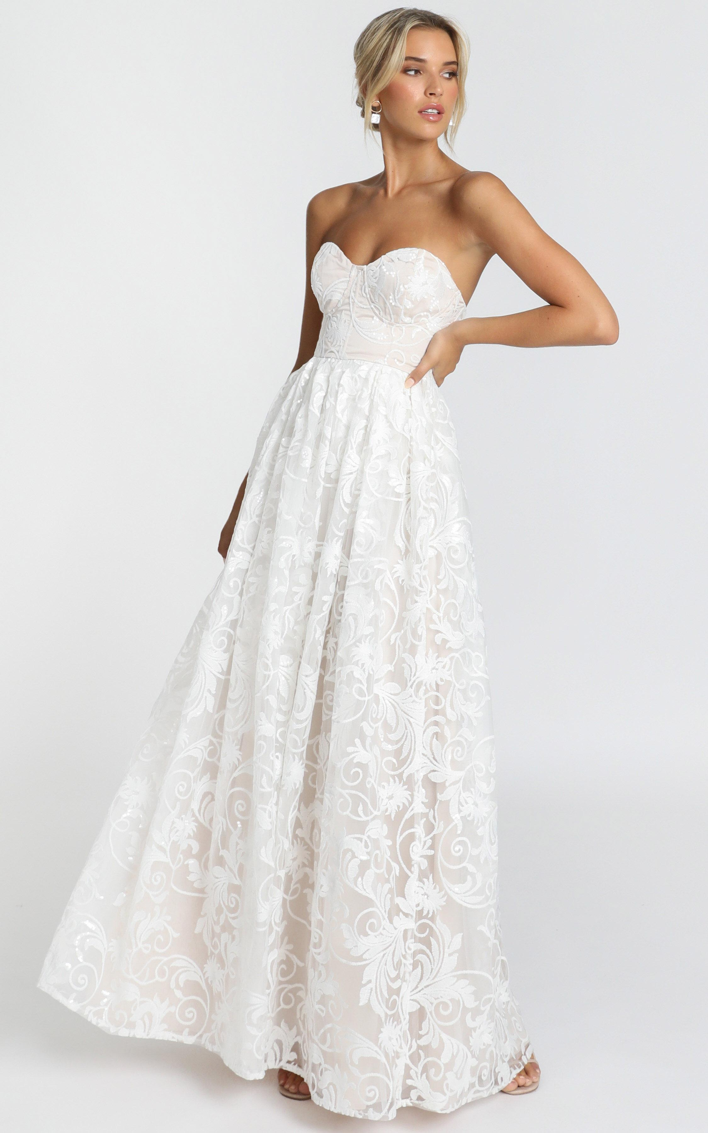 Its a Vow Gown in white - 14 (XL), White, hi-res image number null
