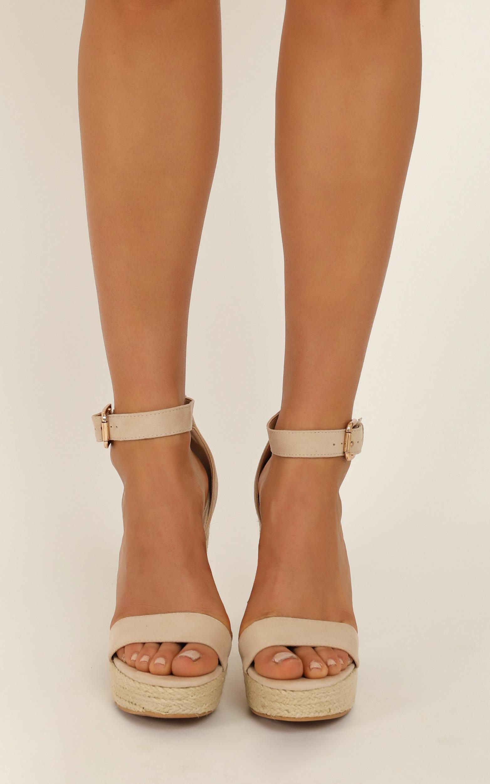 Billini - Evanna heels in nude micro - 10, Beige, hi-res image number null