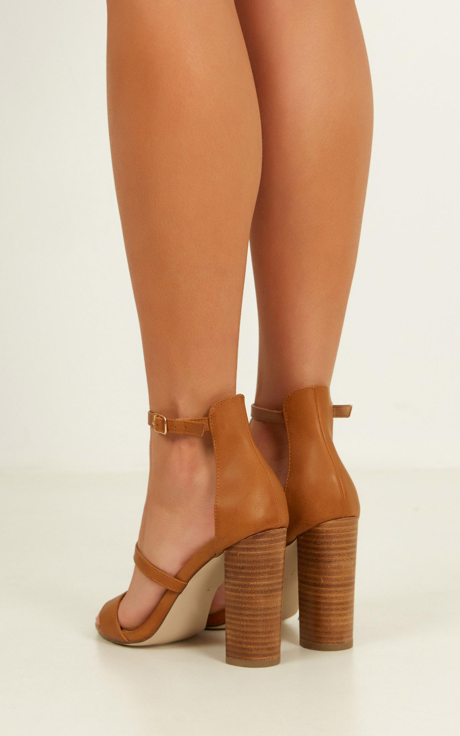 Verali - Bubba heels in tan smooth - 10, Tan, hi-res image number null