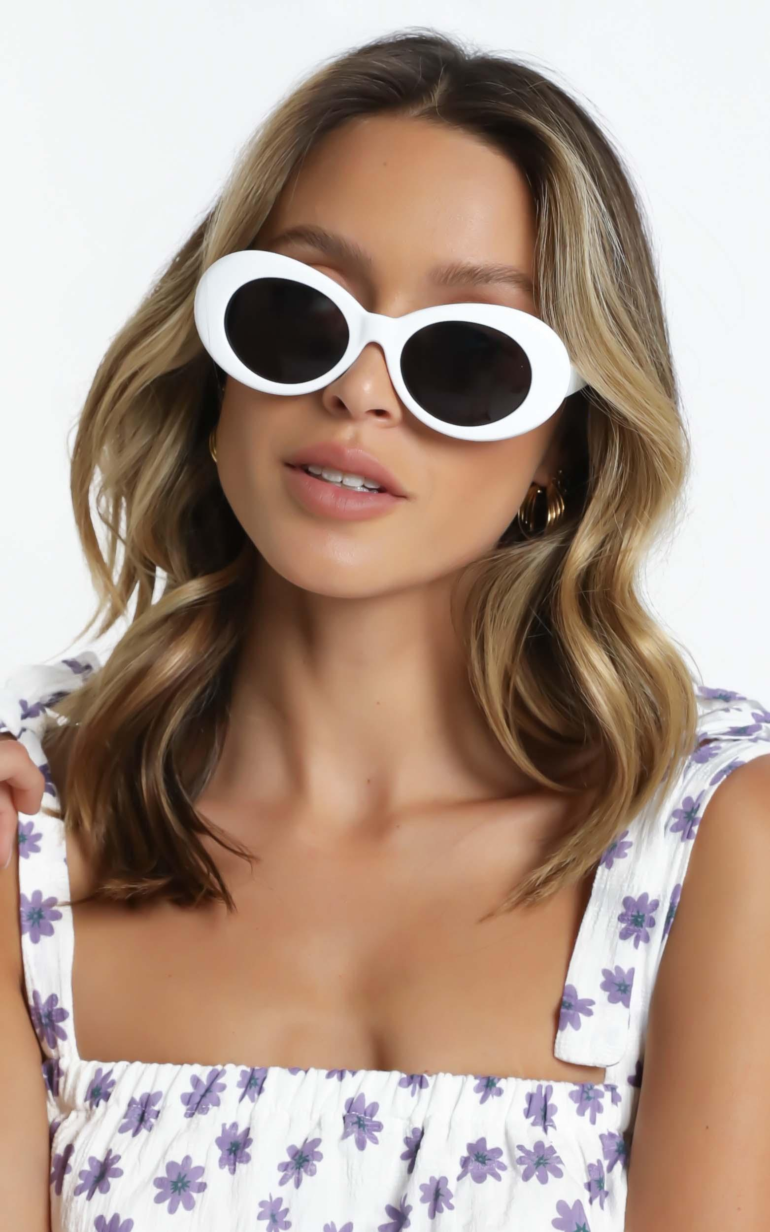 Alda Sunglasses in White, , hi-res image number null