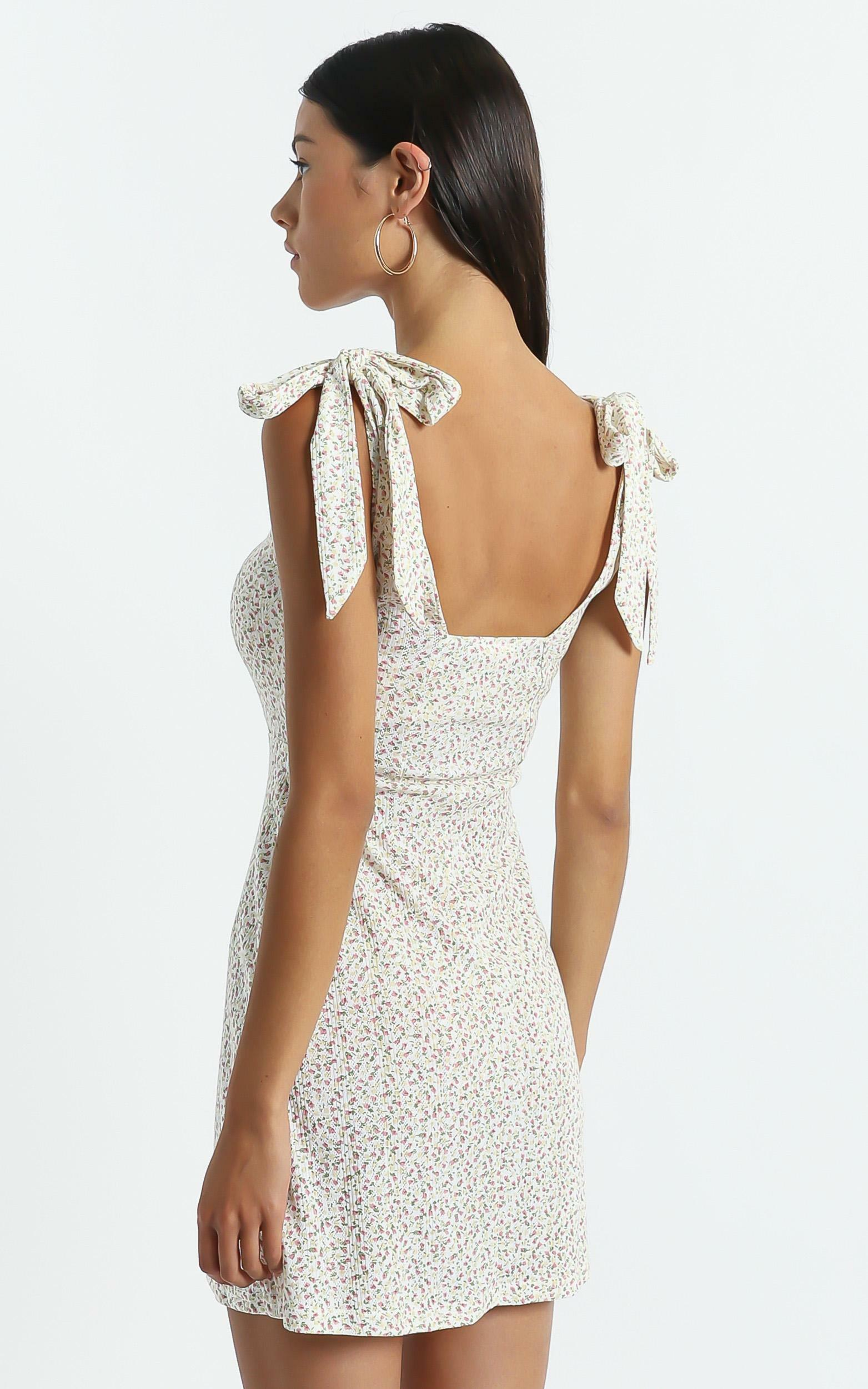 Sadira Dress in White Floral - 6 (XS), WHT1, hi-res image number null