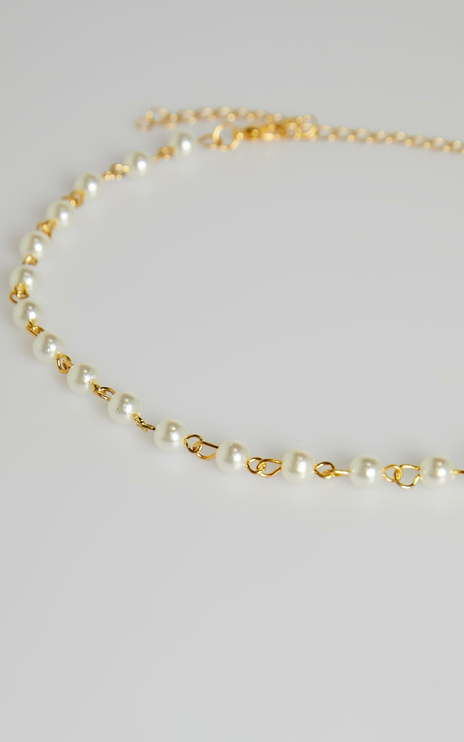 Never Fade Necklace in Pearl, CRE1, hi-res image number null