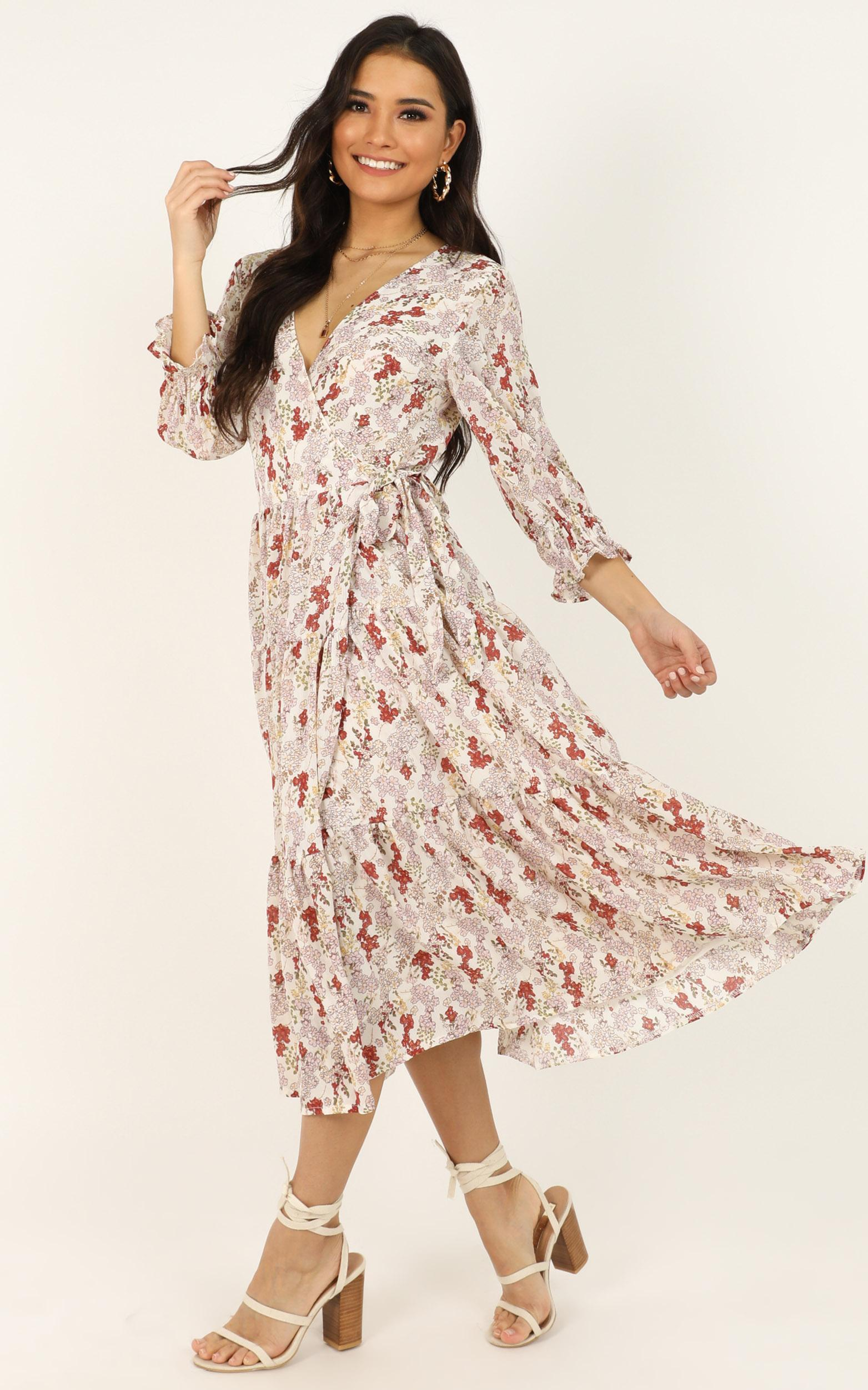 A Million Suns dress in cream floral - 14 (XL), Cream, hi-res image number null