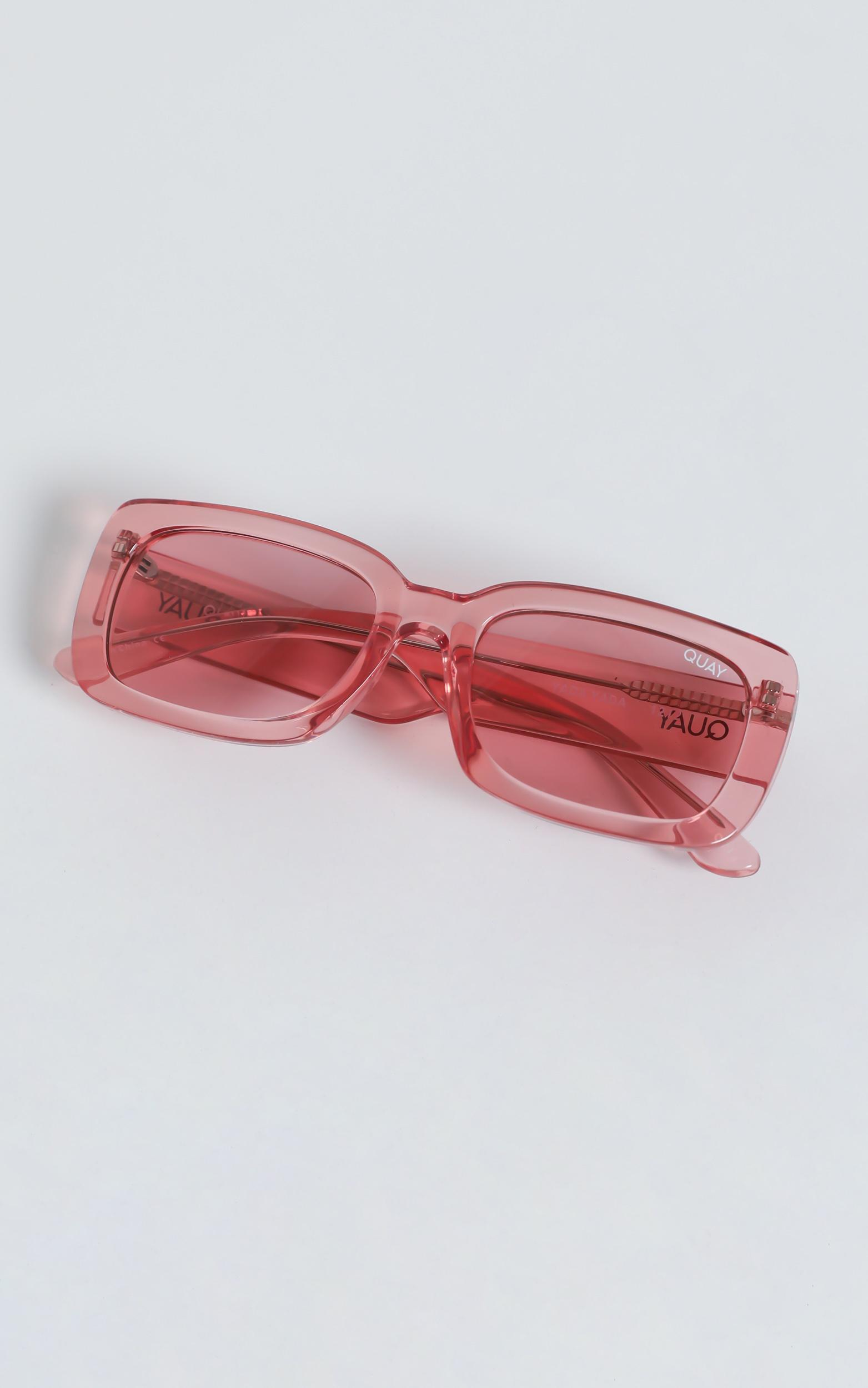 Quay - Yada Yada Sunglasses in Coral / Coral, , hi-res image number null
