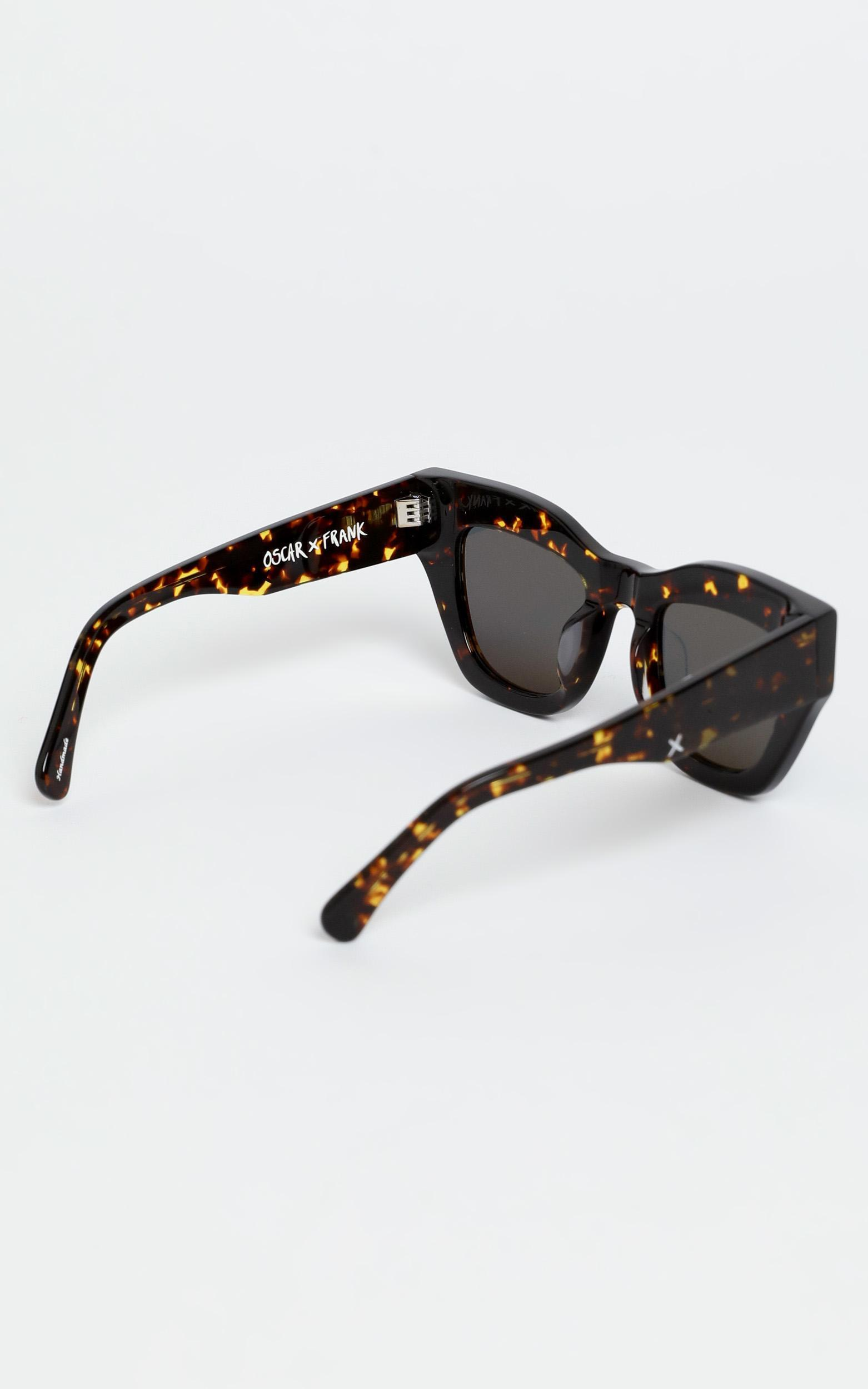 Oscar & Frank - Haarlem Sunglasses in Dark Tort, Brown, hi-res image number null