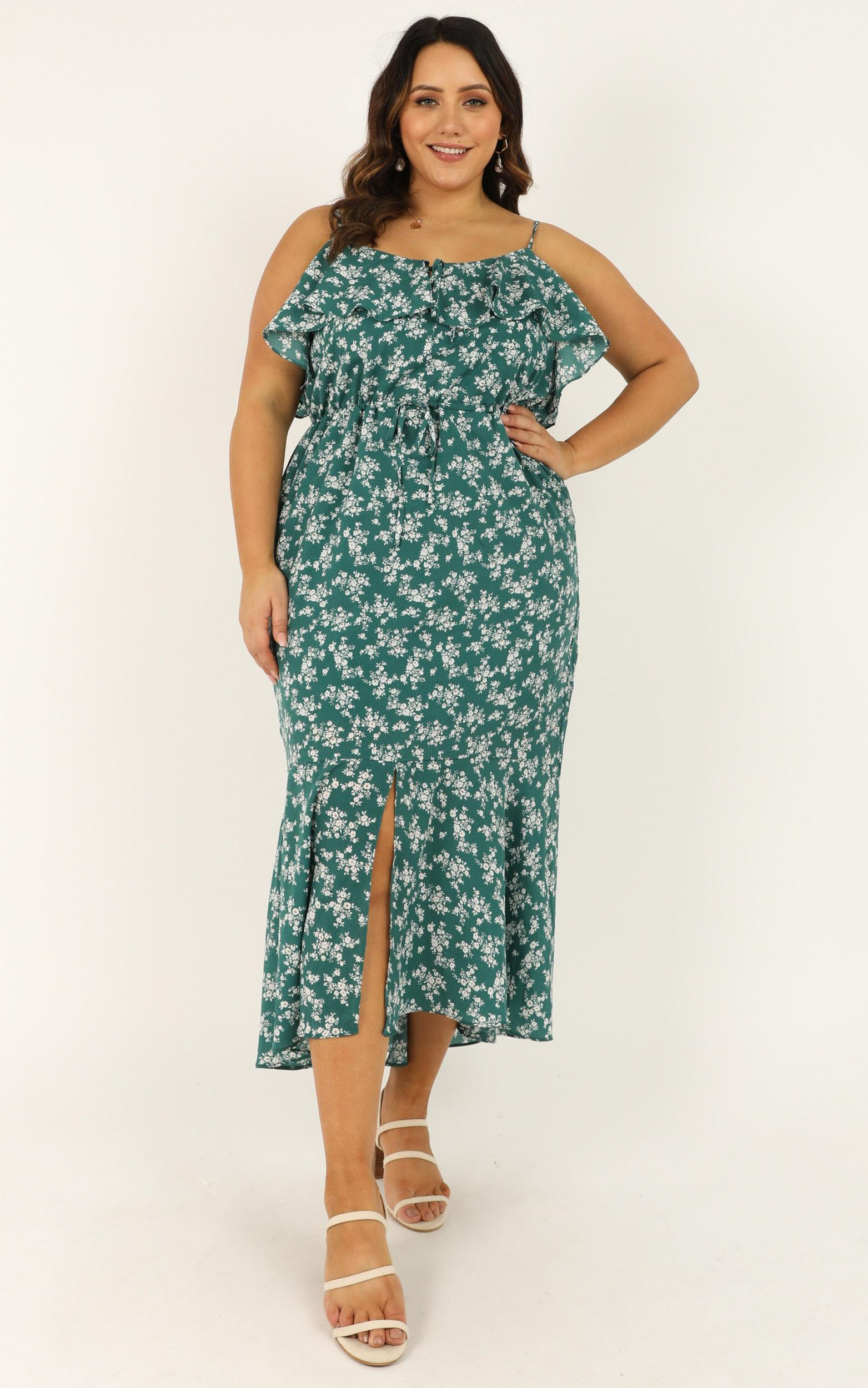 Chasing butterflies dress in emerald floral - 20 (XXXXL), Green, hi-res image number null