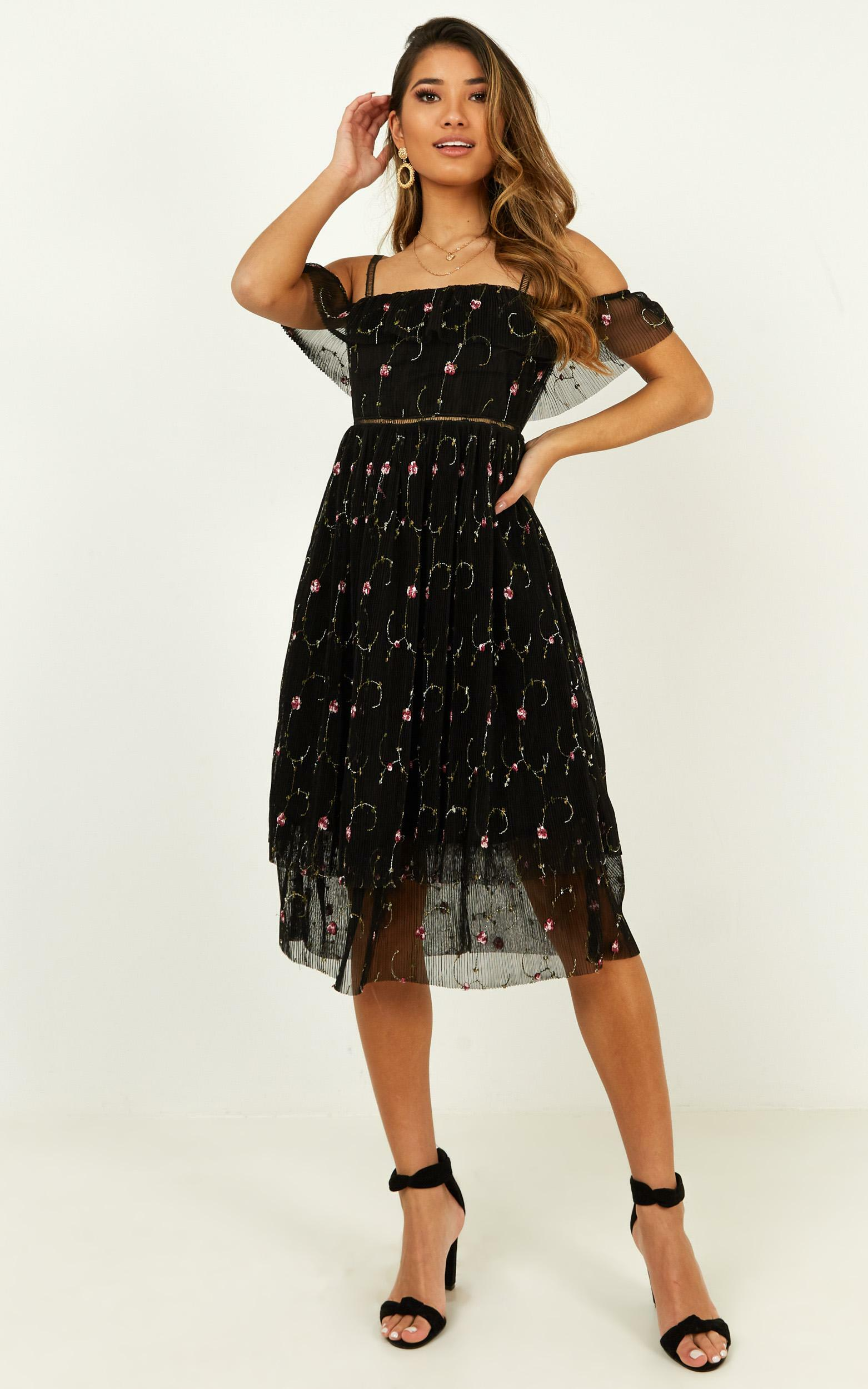Out to get me dress in black - 20 (XXXXL), Black, hi-res image number null