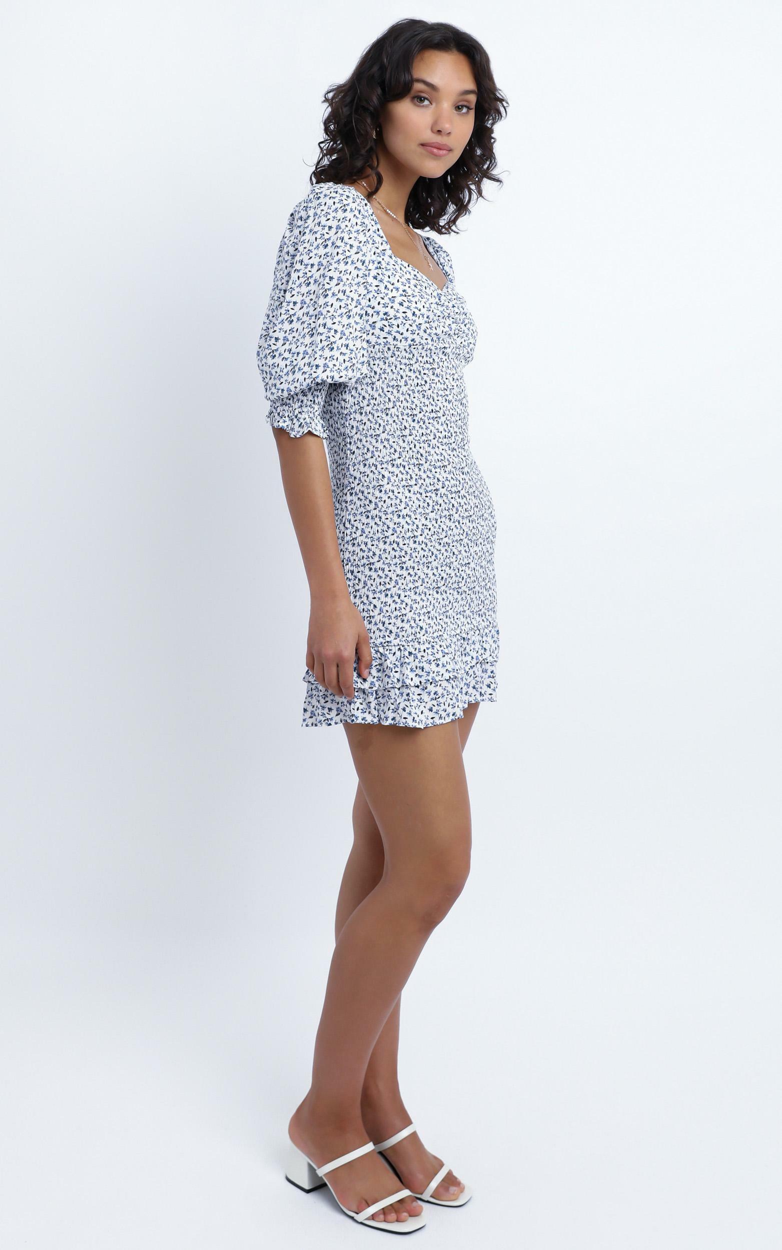 Kinsey Dress in Blue Floral - 14 (XL), Blue, hi-res image number null