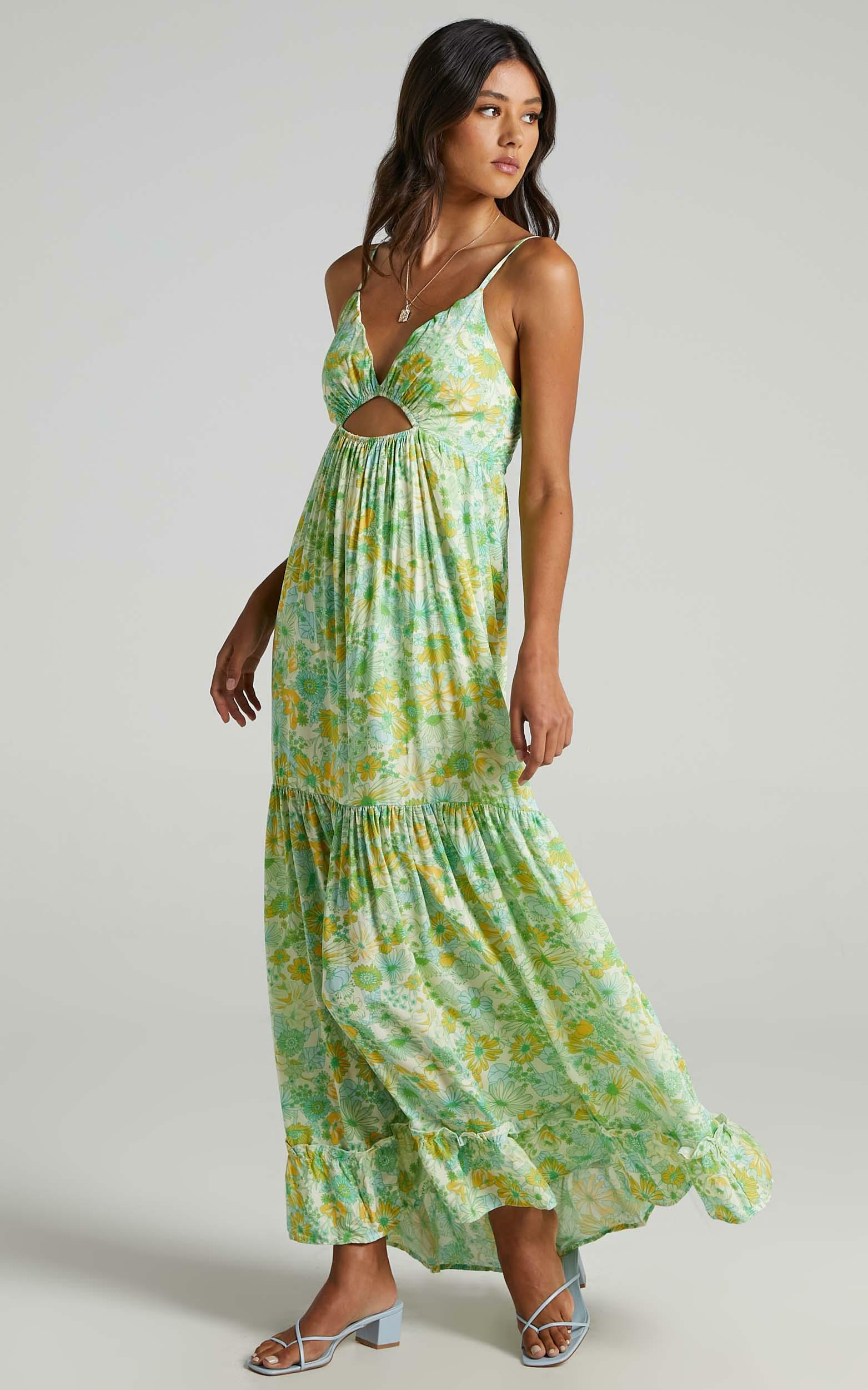 Bullona Dress in Fresh Floral - 6 (XS), Green, hi-res image number null