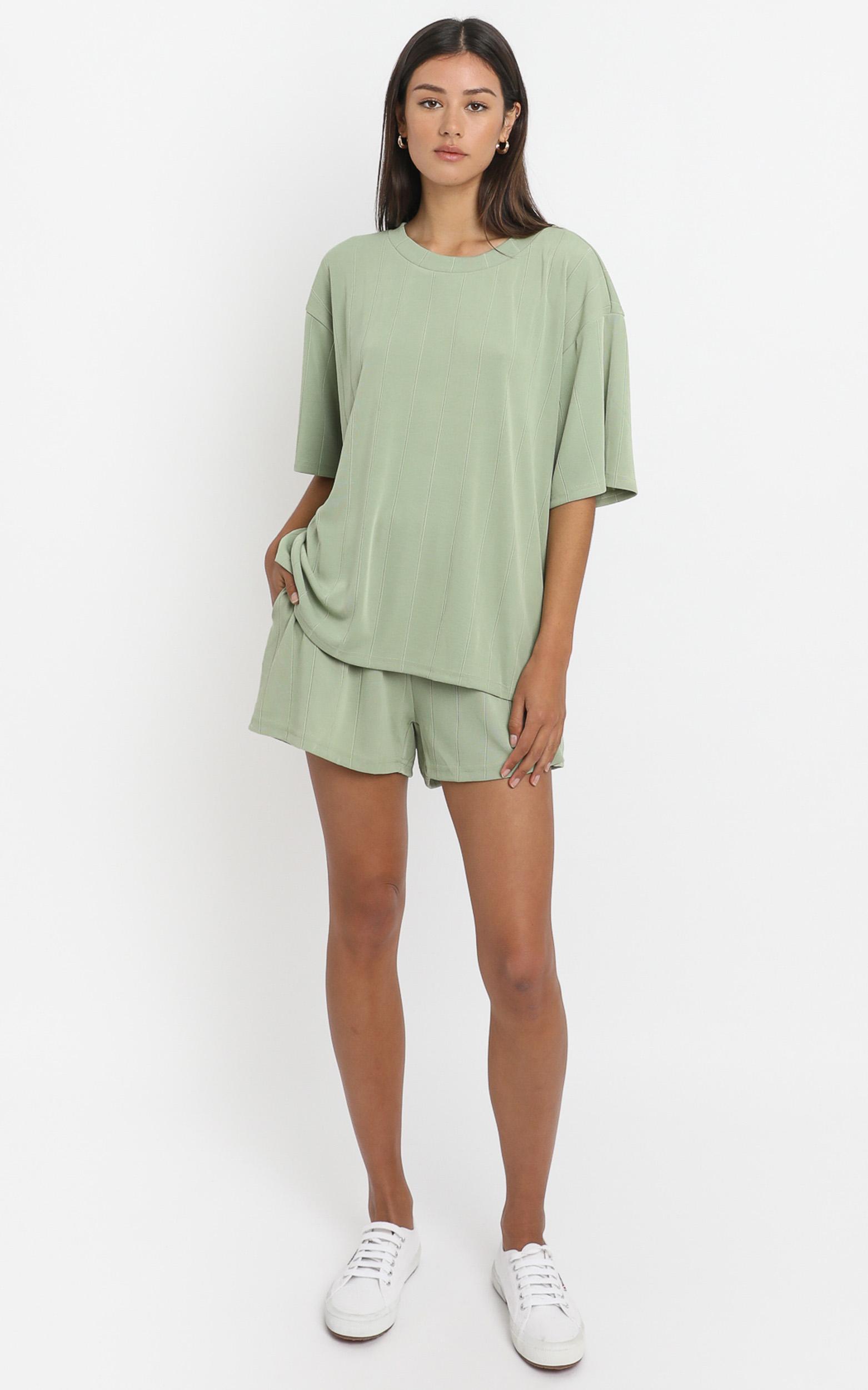 Daisy Duke Shorts in Olive - 6 (XS), Khaki, hi-res image number null