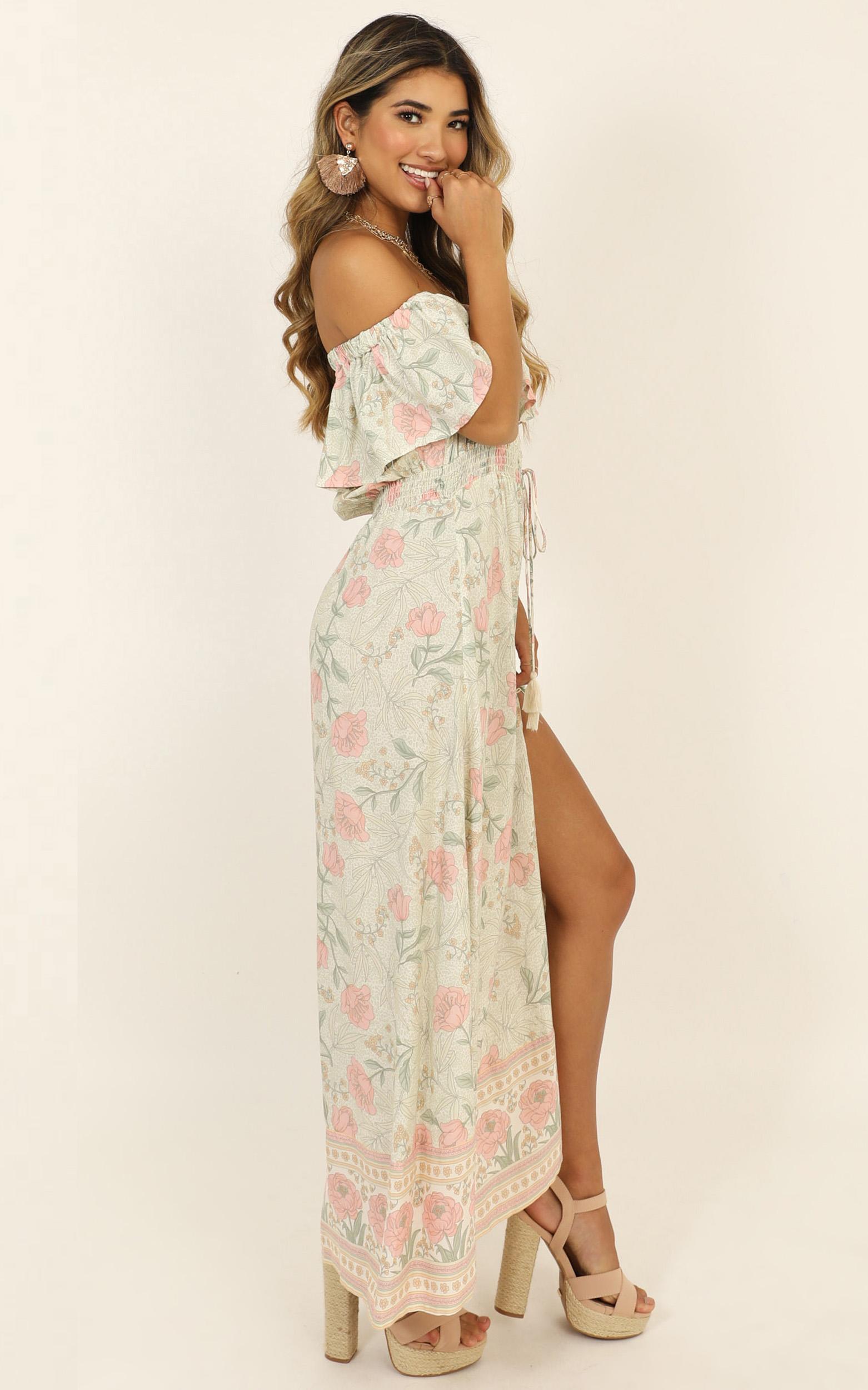 Lasting Legacy Dress In Sage Floral - 14 (XL), Sage, hi-res image number null