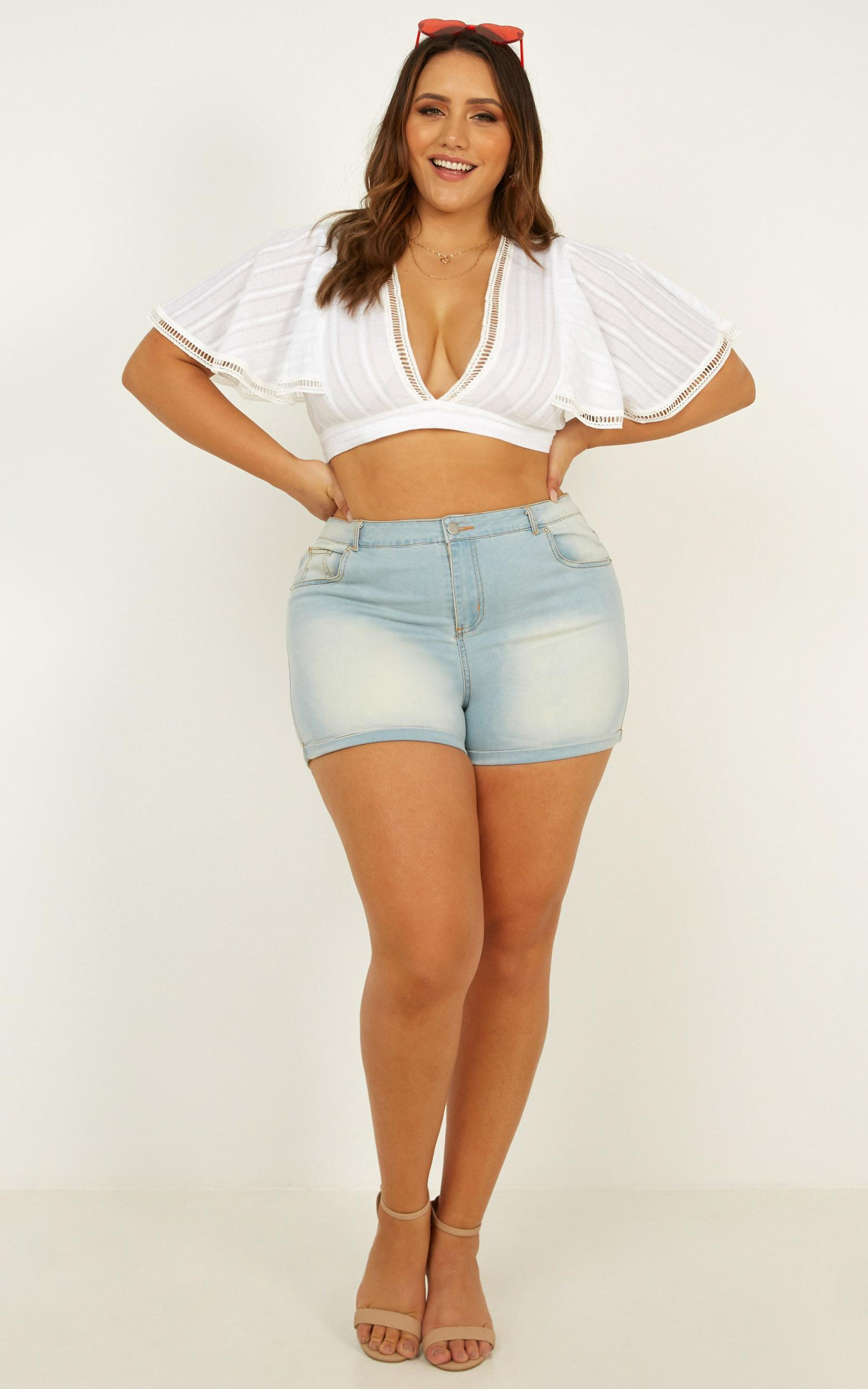 Missed Calls Yop top in white embroidery - 20 (XXXXL), White, hi-res image number null