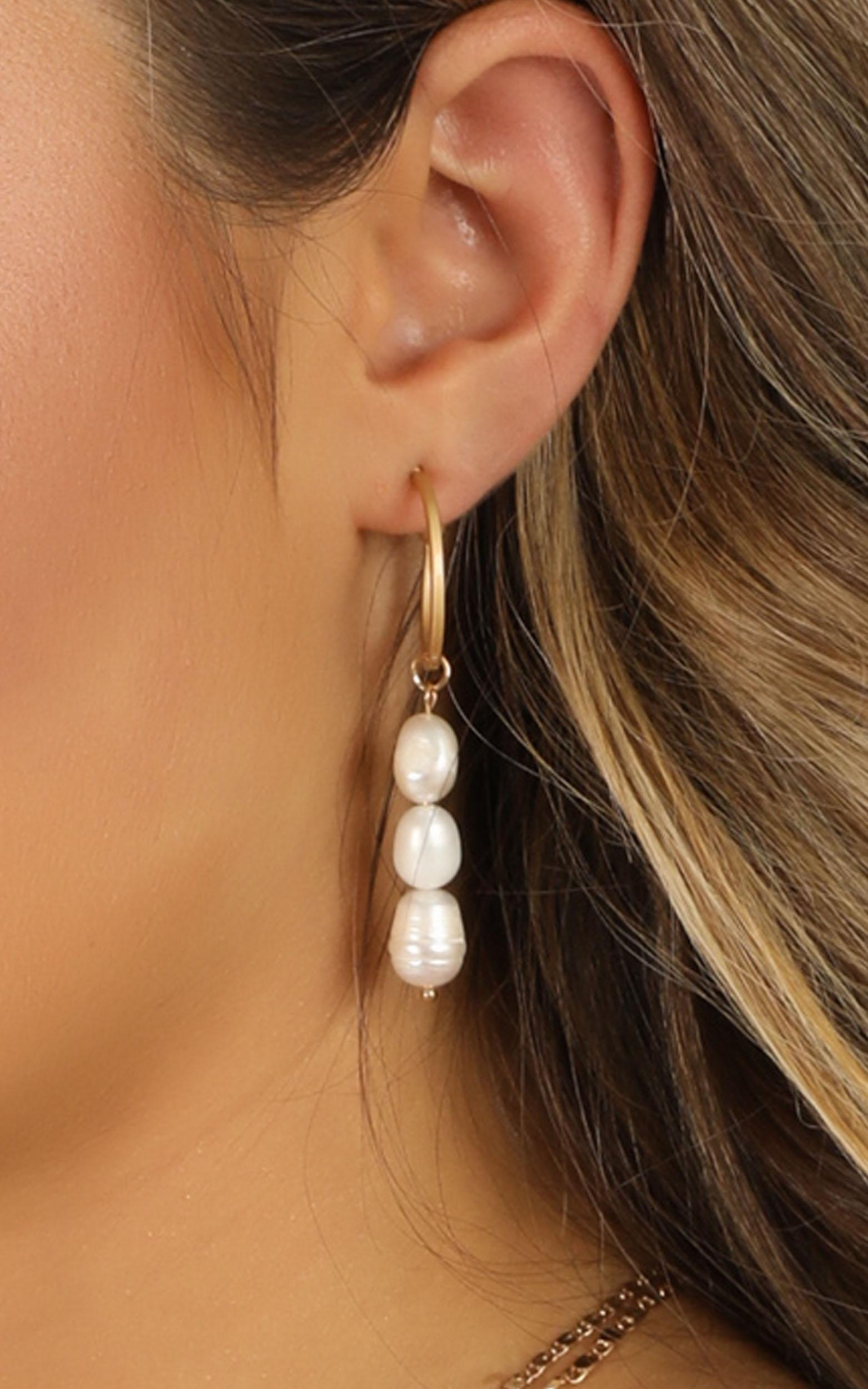 Wild Fire Earrings In Pearl, , hi-res image number null
