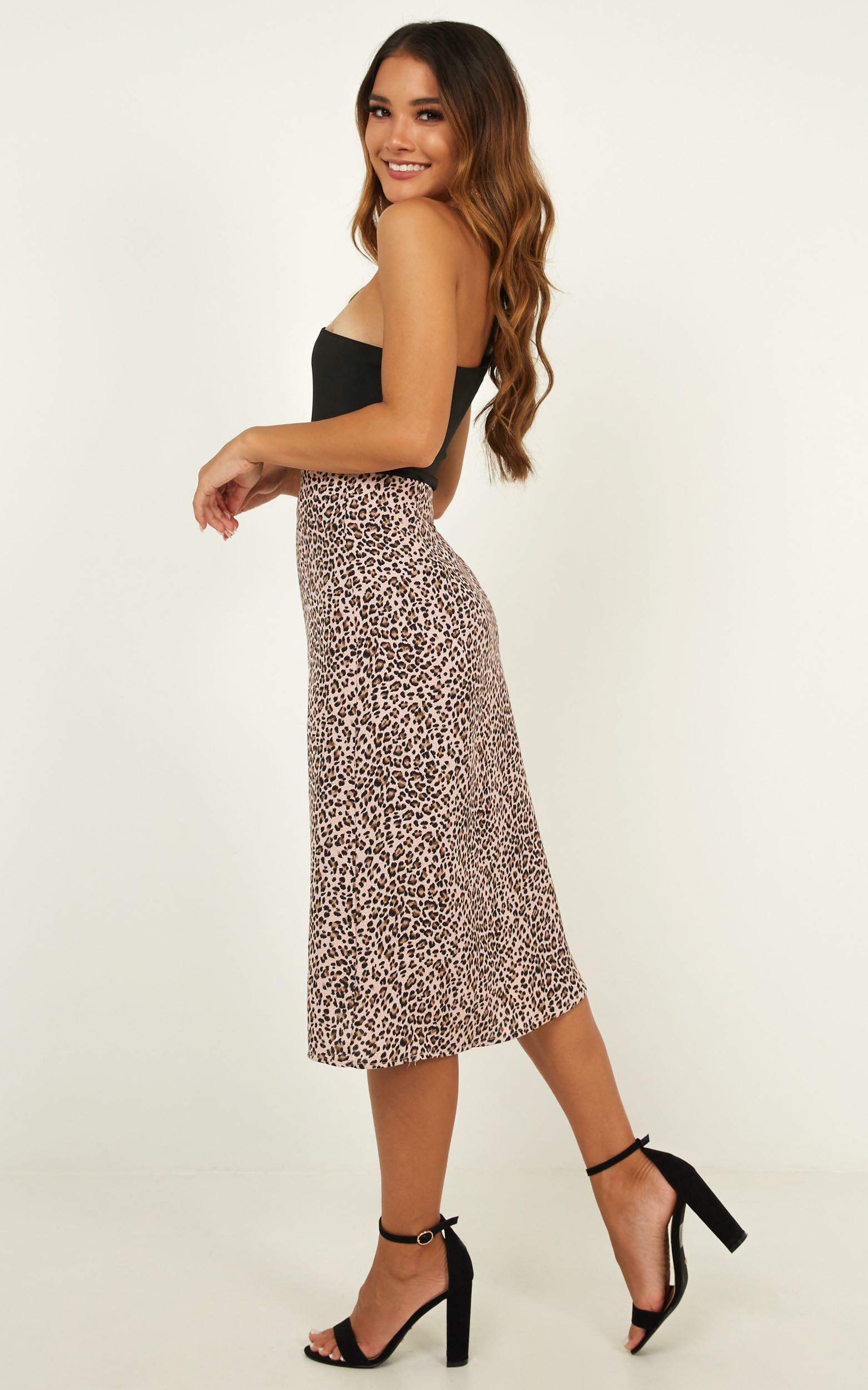 True Reality skirt in pink leopard print - 12 (L), Pink, hi-res image number null