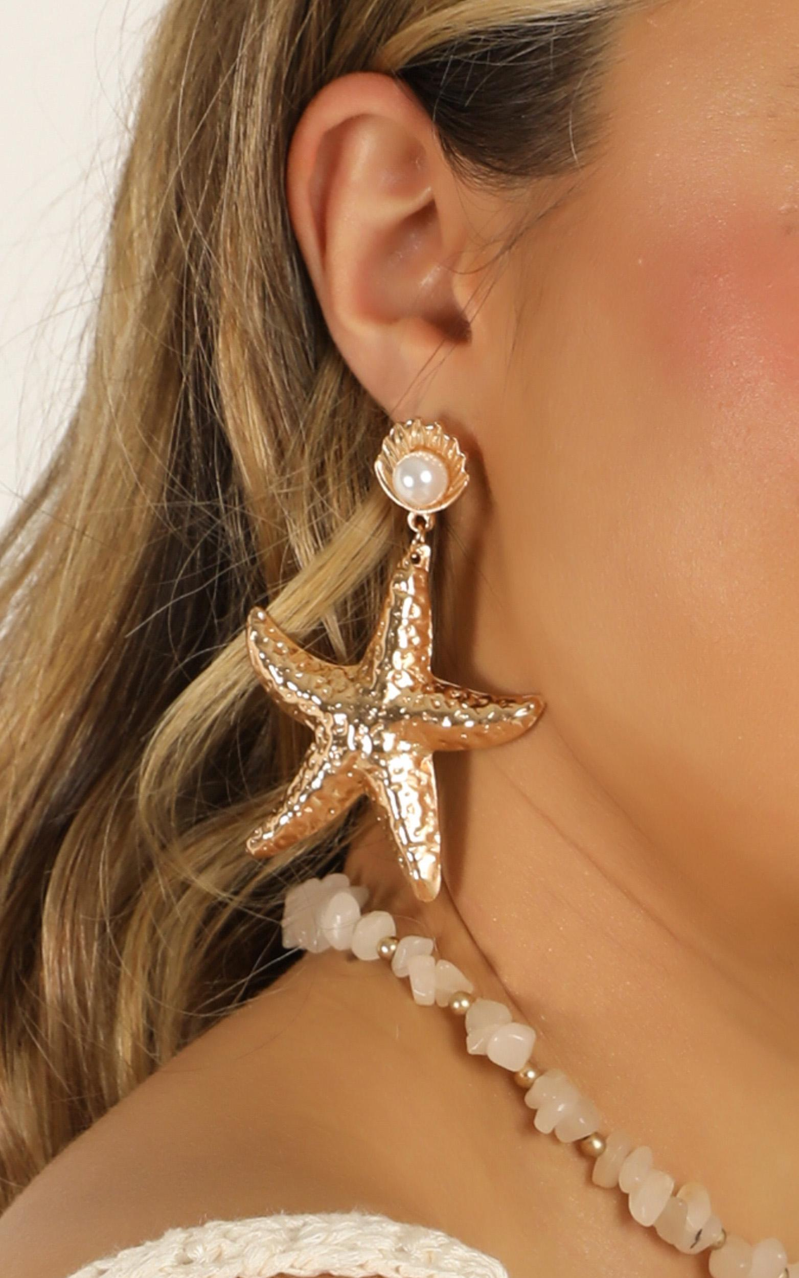 Days Like This Earrings In Gold, , hi-res image number null