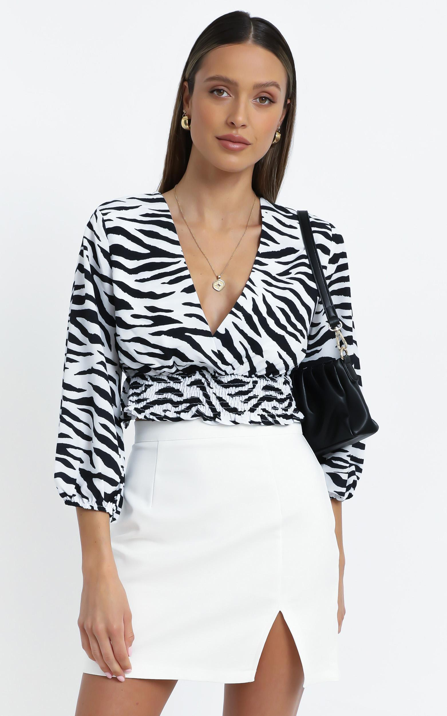 Madoc Top in Zebra - 12 (L), Black, hi-res image number null