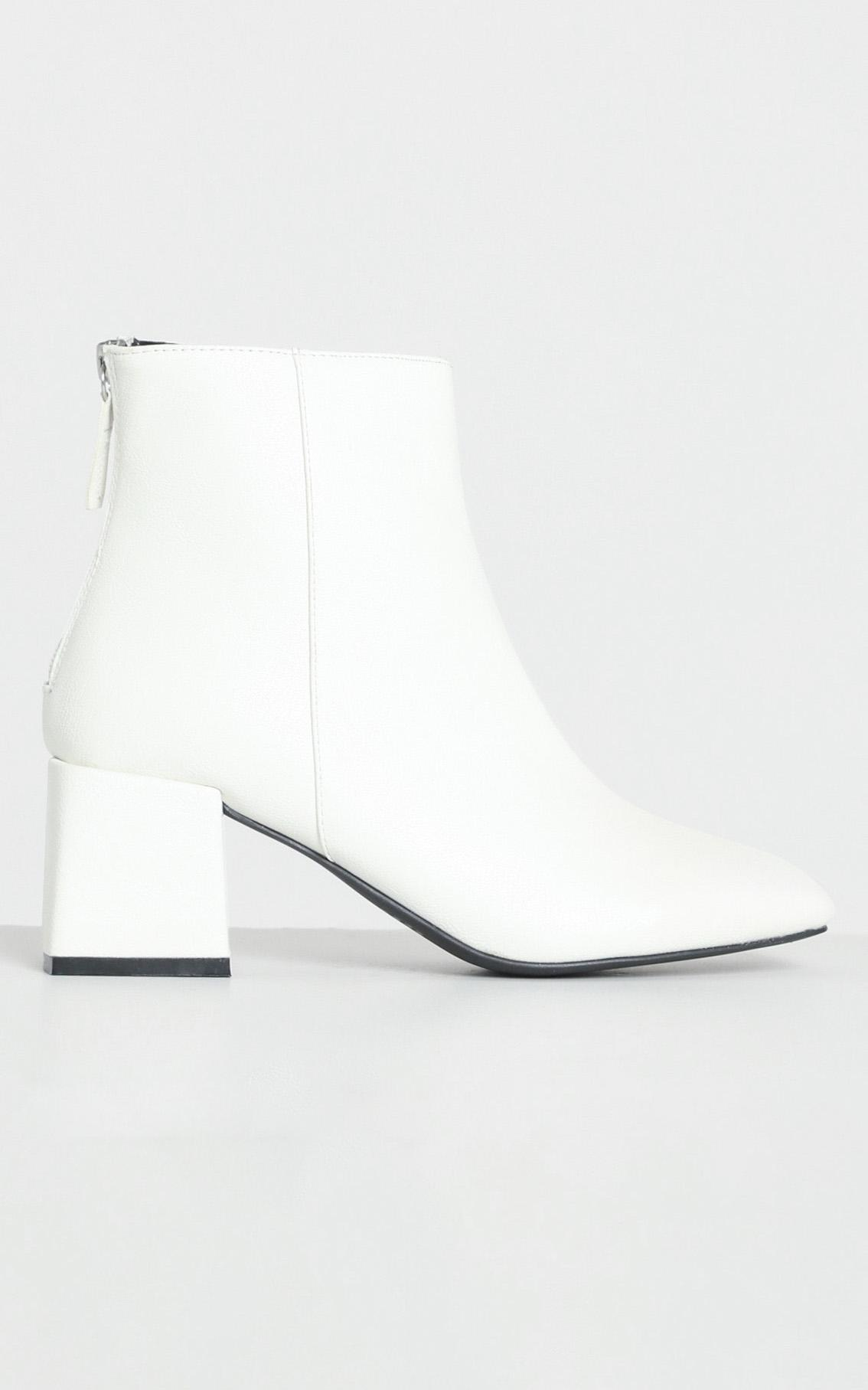 Therapy - Cody Boots in White - 10, White, hi-res image number null