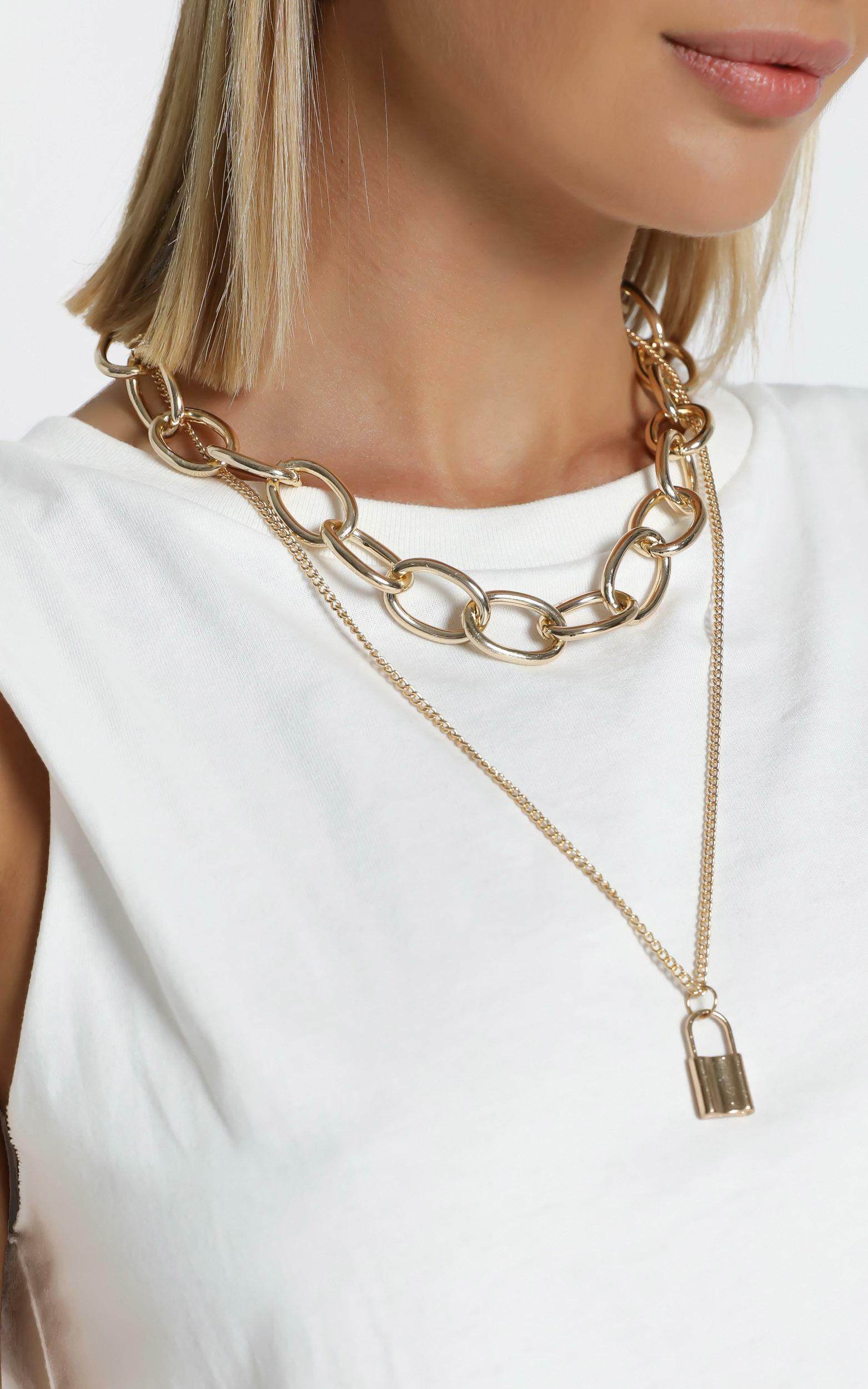 Nikola Necklace in Gold, GLD1, hi-res image number null