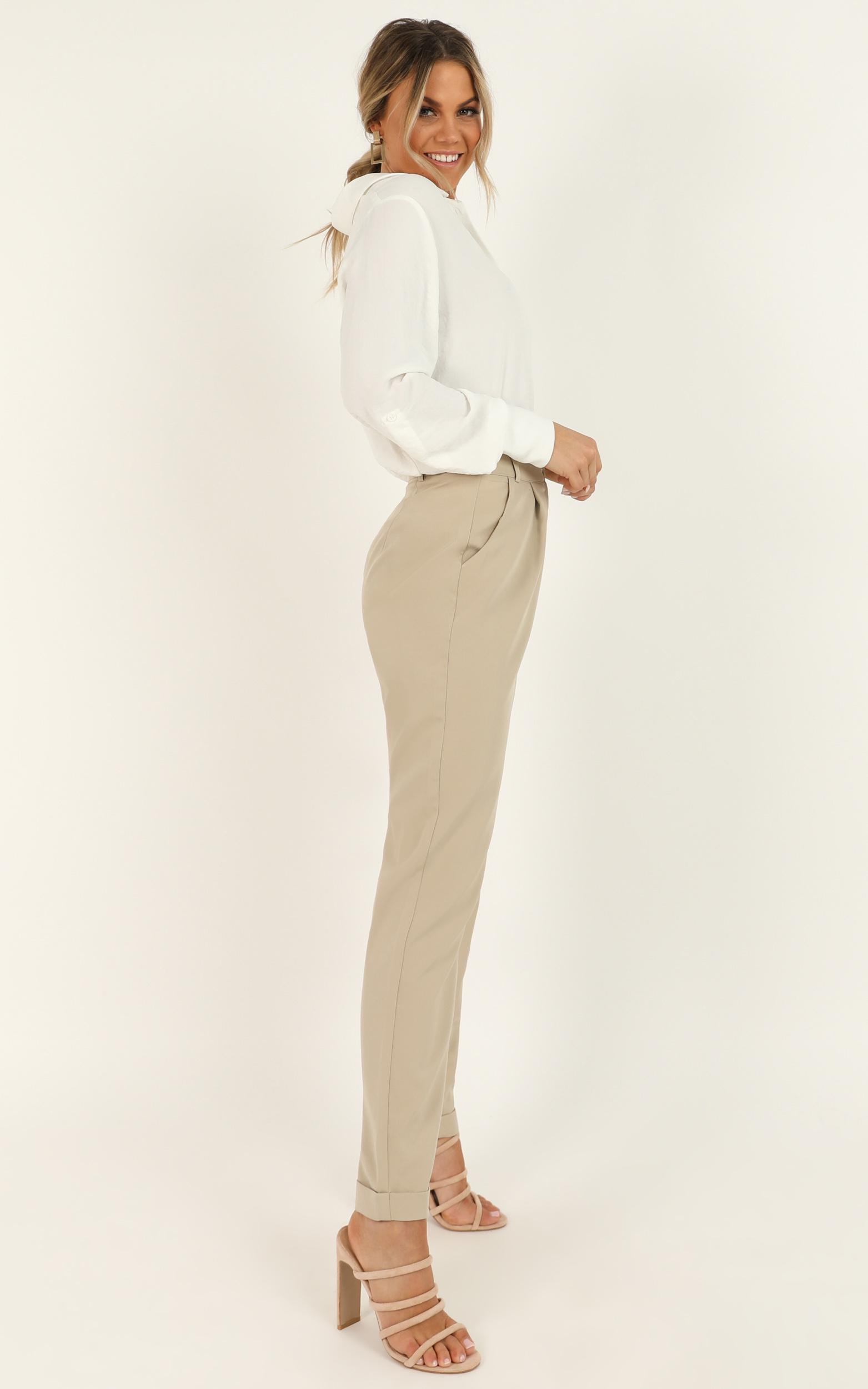 Goal Stomper Pants in stone - 20 (XXXXL), Grey, hi-res image number null