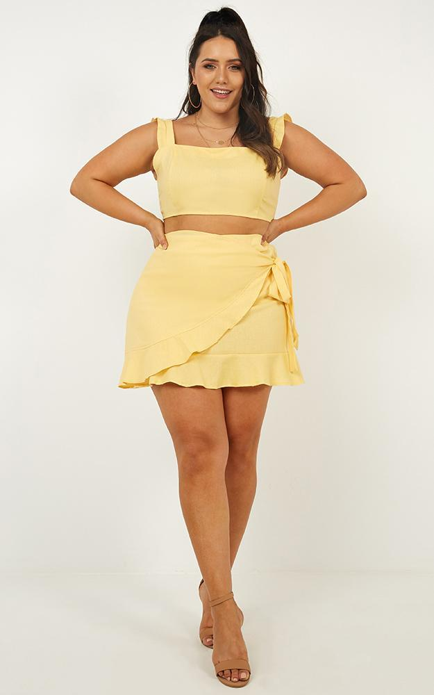 Royal Power Two Piece Set in lemon linen look - 16 (XXL), Yellow, hi-res image number null