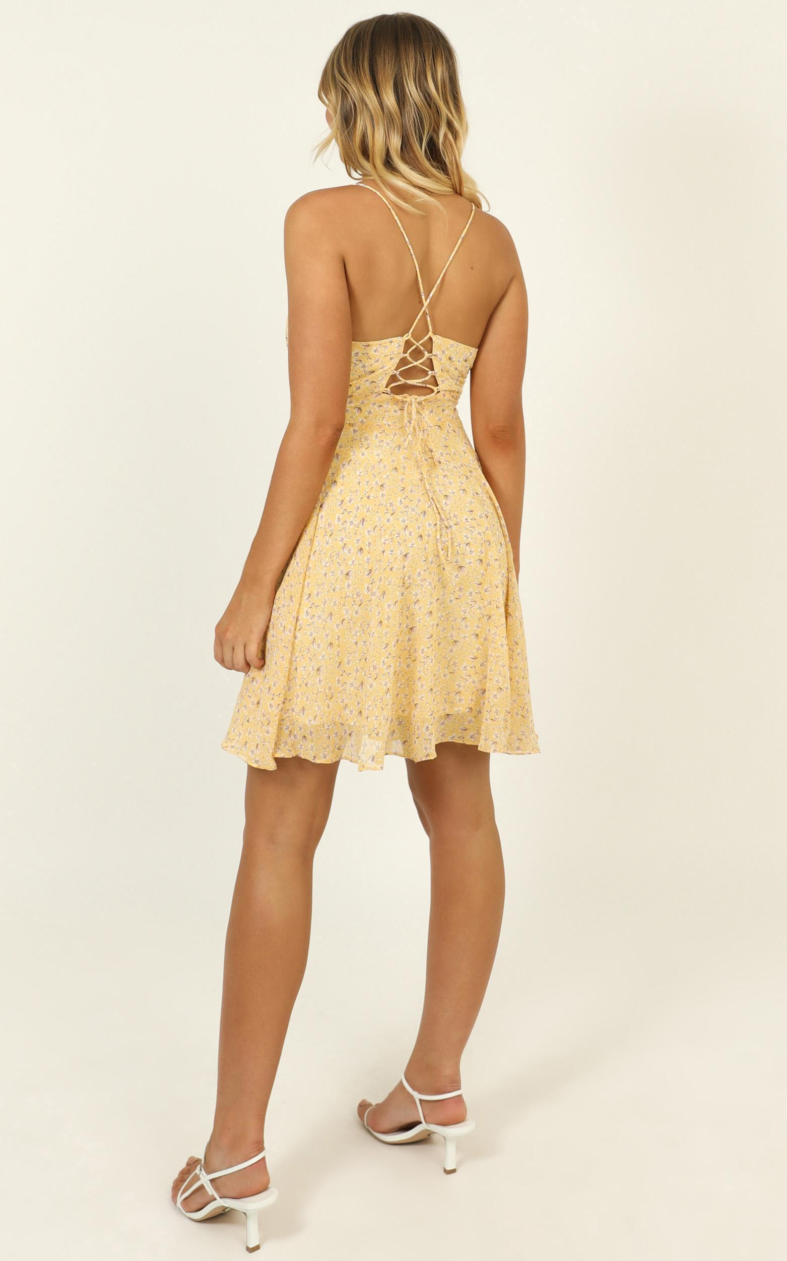 Busy Day dress in yellow floral - 16 (XXL), Yellow, hi-res image number null