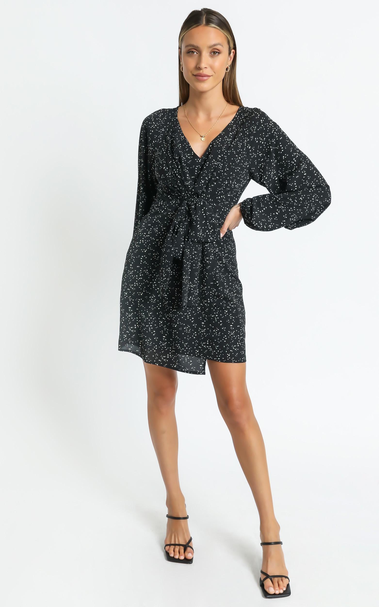 Martina dress in Black Print - 6 (XS), Black, hi-res image number null