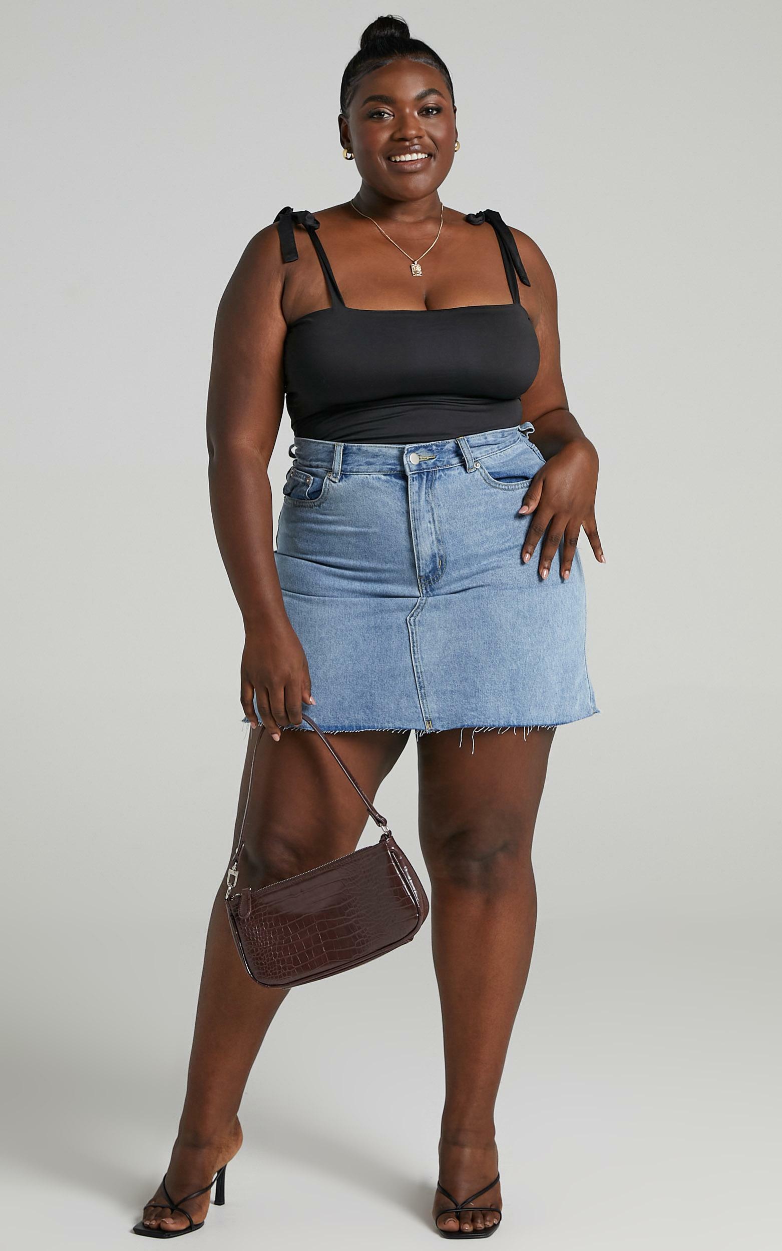 Just Like Smoke High Rise Mini Denim Skirt in Mid Wash - 06, BLU2, hi-res image number null