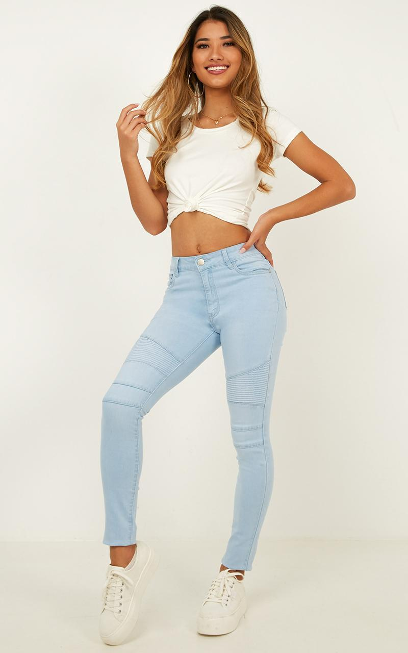 Bethany jeans in light wash - 14 (XL), Blue, hi-res image number null