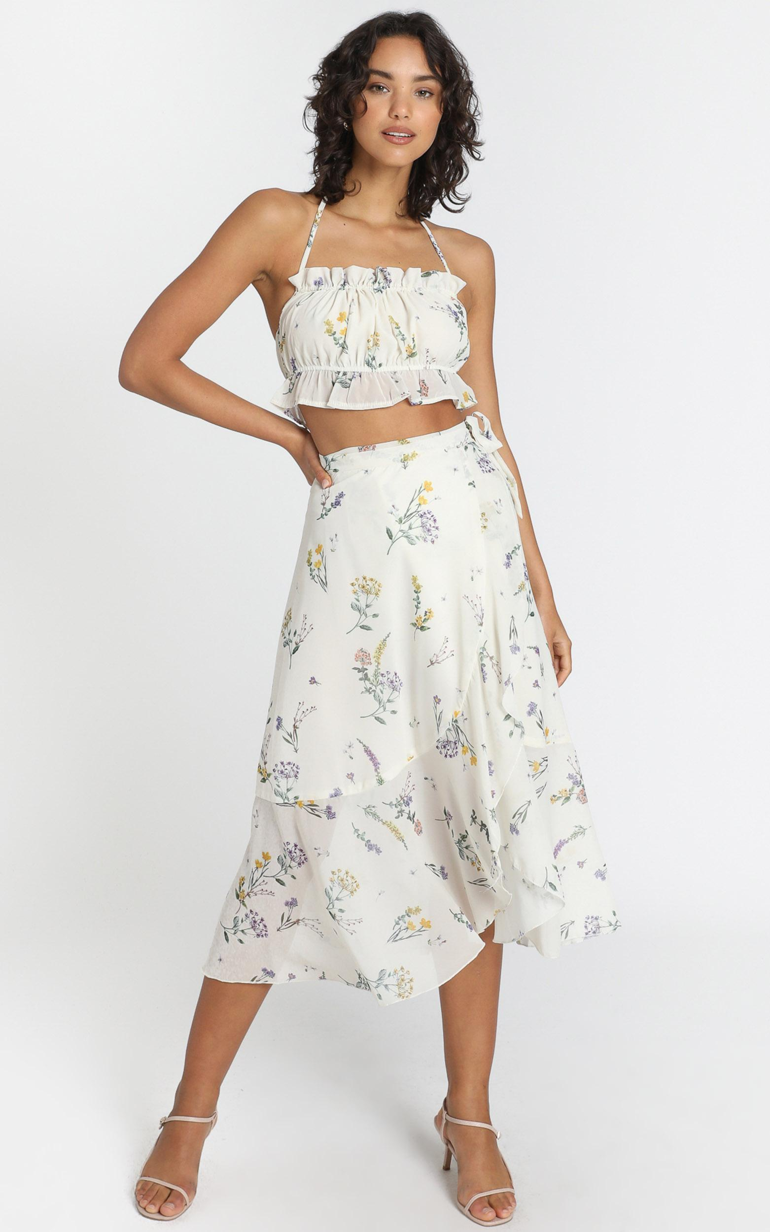 Add To The Mix Skirt In botanical floral - 4 (XXS), Cream, hi-res image number null