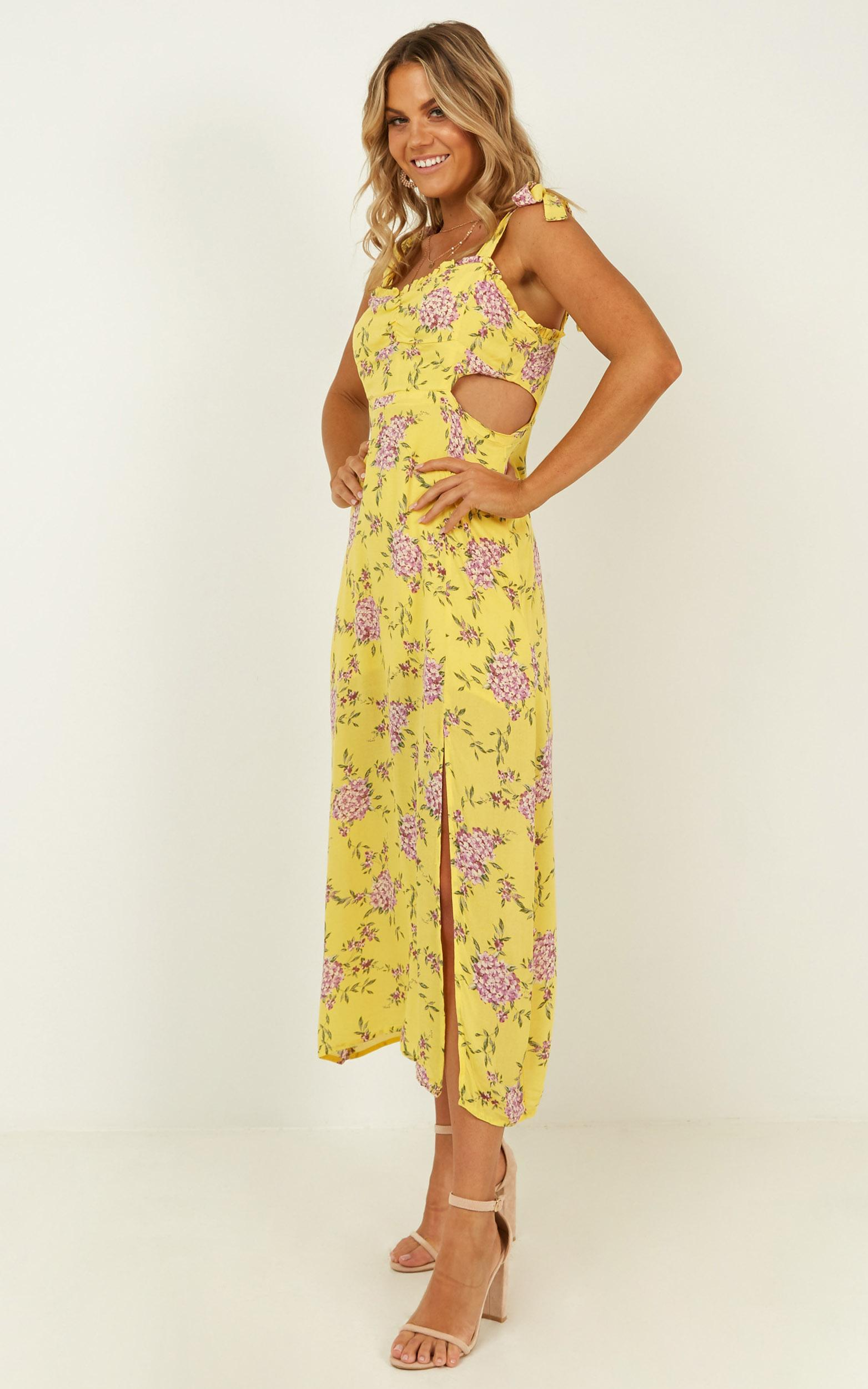 Win My Love dress in yellow floral - 12 (L), Yellow, hi-res image number null